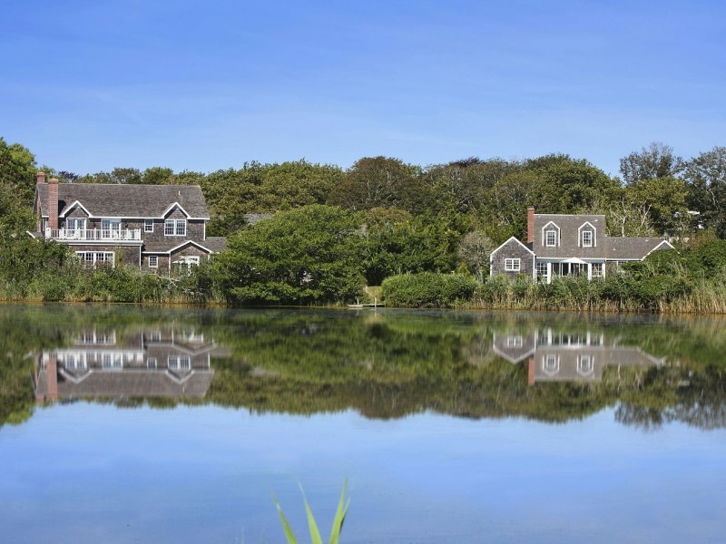 多戶家庭房屋 為 出售 在 Immediate Ocean Access on Hook Pond 81 Ocean Avenue &10 Lockwood Lane East Hampton Village, East Hampton, 紐約州 11937 美國