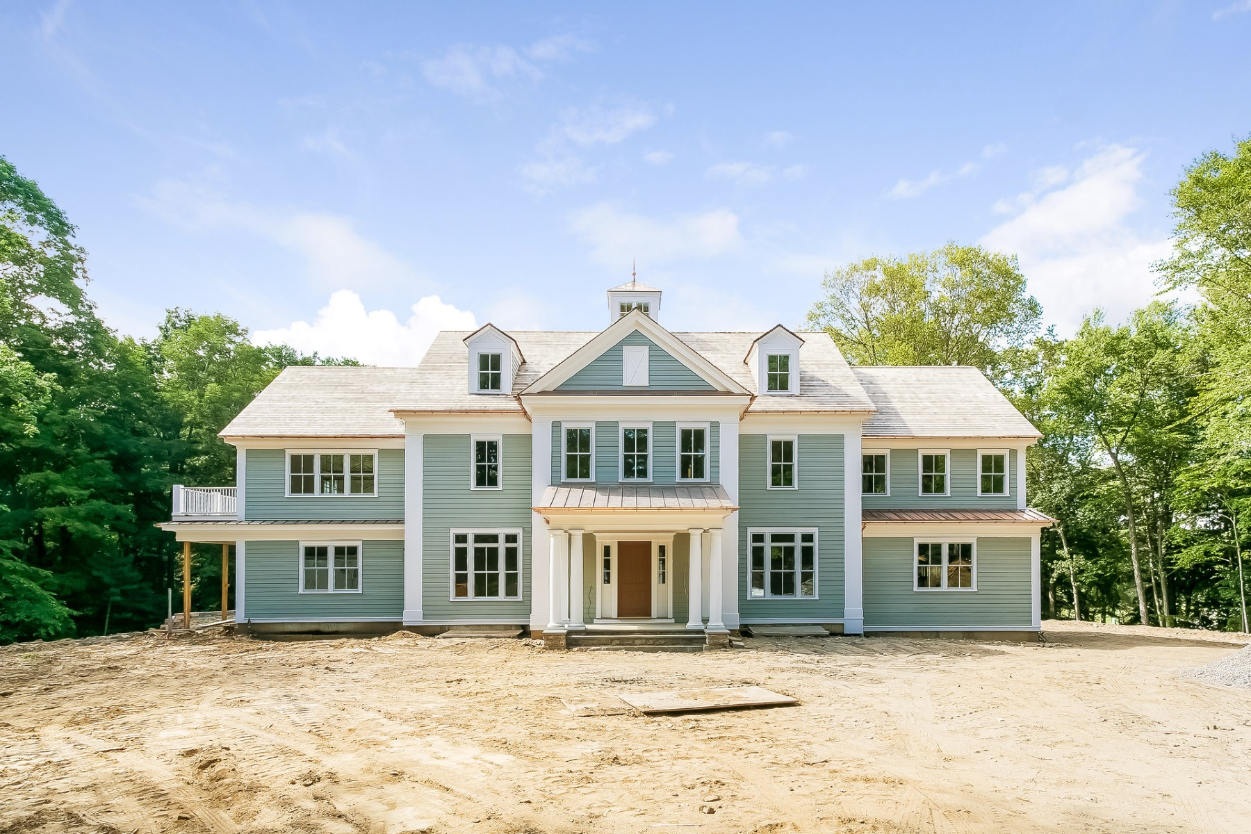Single Family Home for Sale at 49 Byfield Lane Mid-Country, Greenwich, Connecticut, 06831 United States