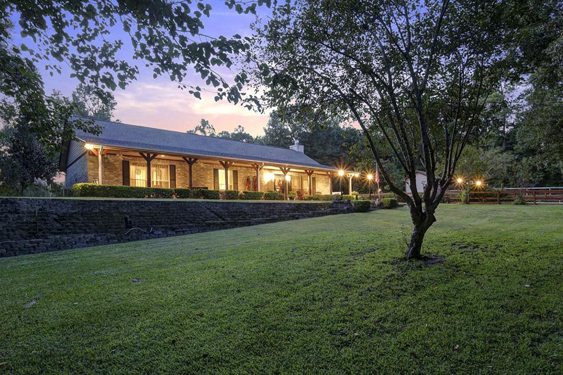 Villa per Vendita alle ore 16436 Stonecrest Drive Conroe, Texas 77302 Stati Uniti