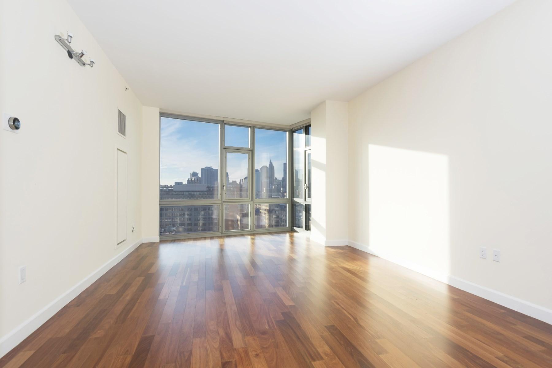 콘도미니엄 용 매매 에 Desirable 3-Bedroom with Amazing Views 100 Jay Street Apt 18h Dumbo, Brooklyn, 뉴욕 11201 미국