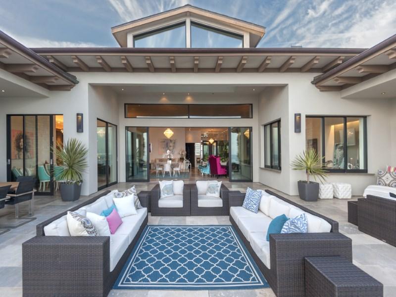 Single Family Home for Sale at Malibu Beachfront Oasis 11802 Ellice St Malibu, California 90265 United States