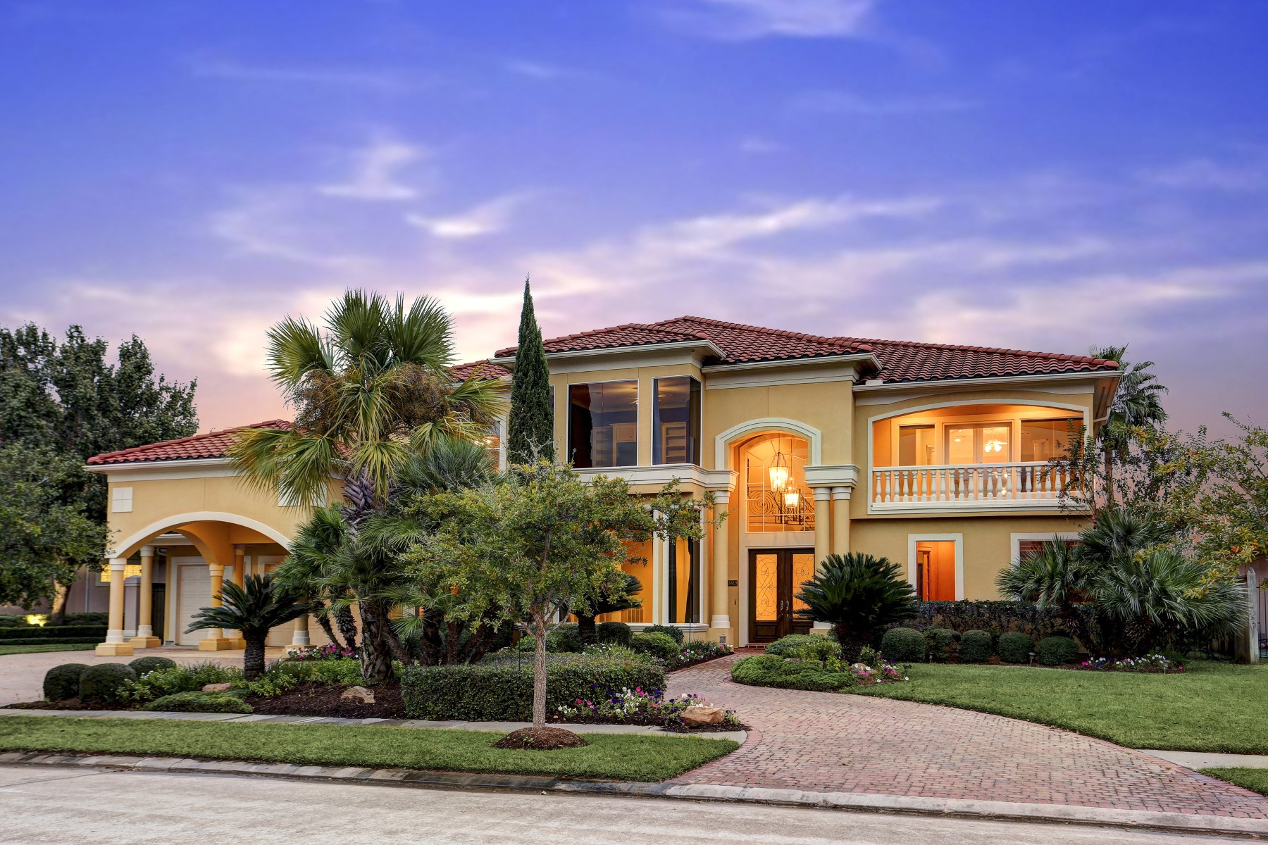 Casa Unifamiliar por un Alquiler en 18819 Windsor Lakes Drive Houston, Texas 77094 Estados Unidos