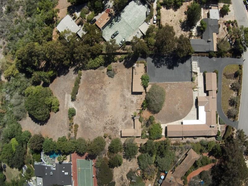 Einfamilienhaus für Verkauf beim One of the Largest Lots on Point Dume 6800 Wildlife Road Malibu, Kalifornien 90265 Vereinigte Staaten