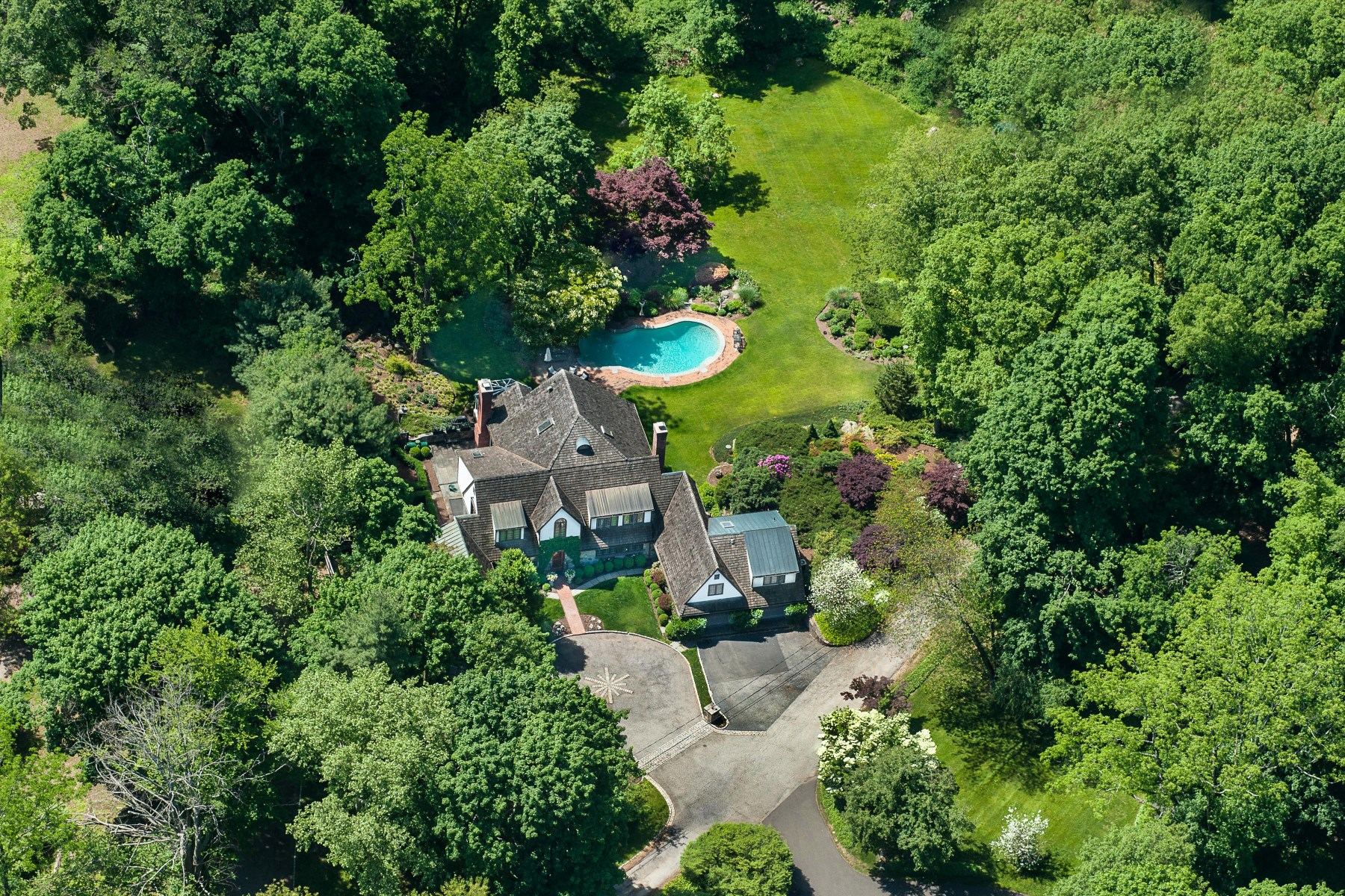 Single Family Home for Sale at 544 North Street, Greenwich CT Mid-Country, Greenwich, Connecticut, 06830 United States