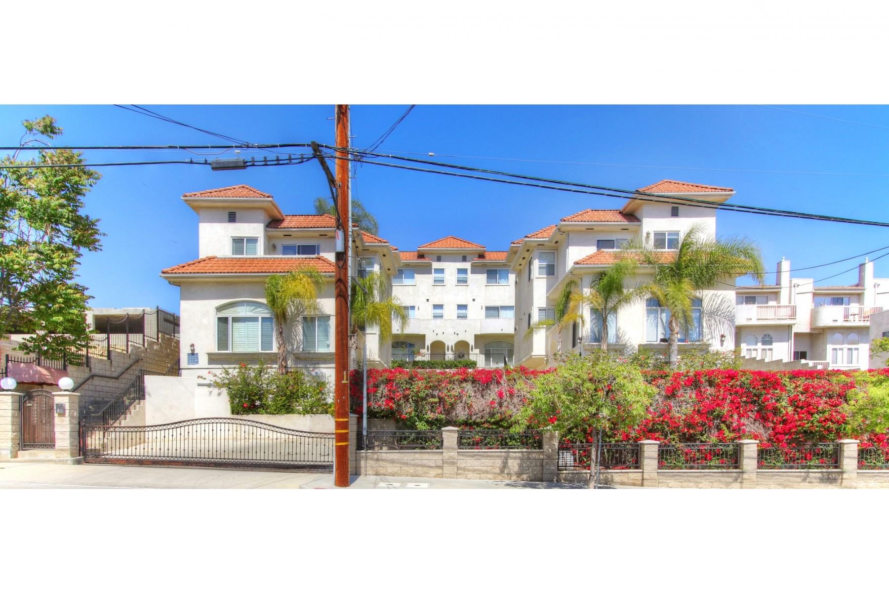 獨棟家庭住宅 為 出售 在 1009 Figueroa Terrace #C Echo Park, Los Angeles, 加利福尼亞州, 90012 美國