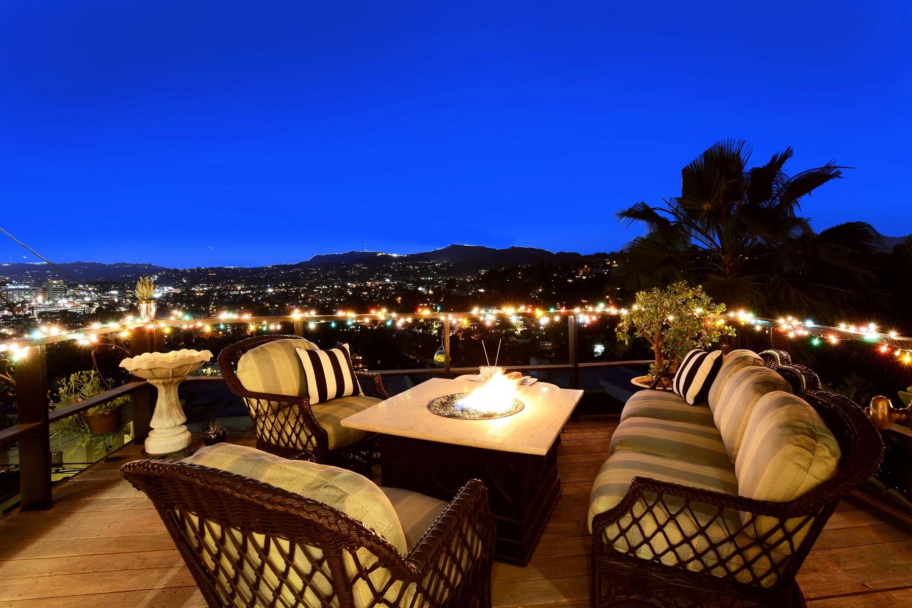 Einfamilienhaus für Verkauf beim 3607 Carnation Avenue Silver Lake, Los Angeles, Kalifornien 90026 Vereinigte Staaten