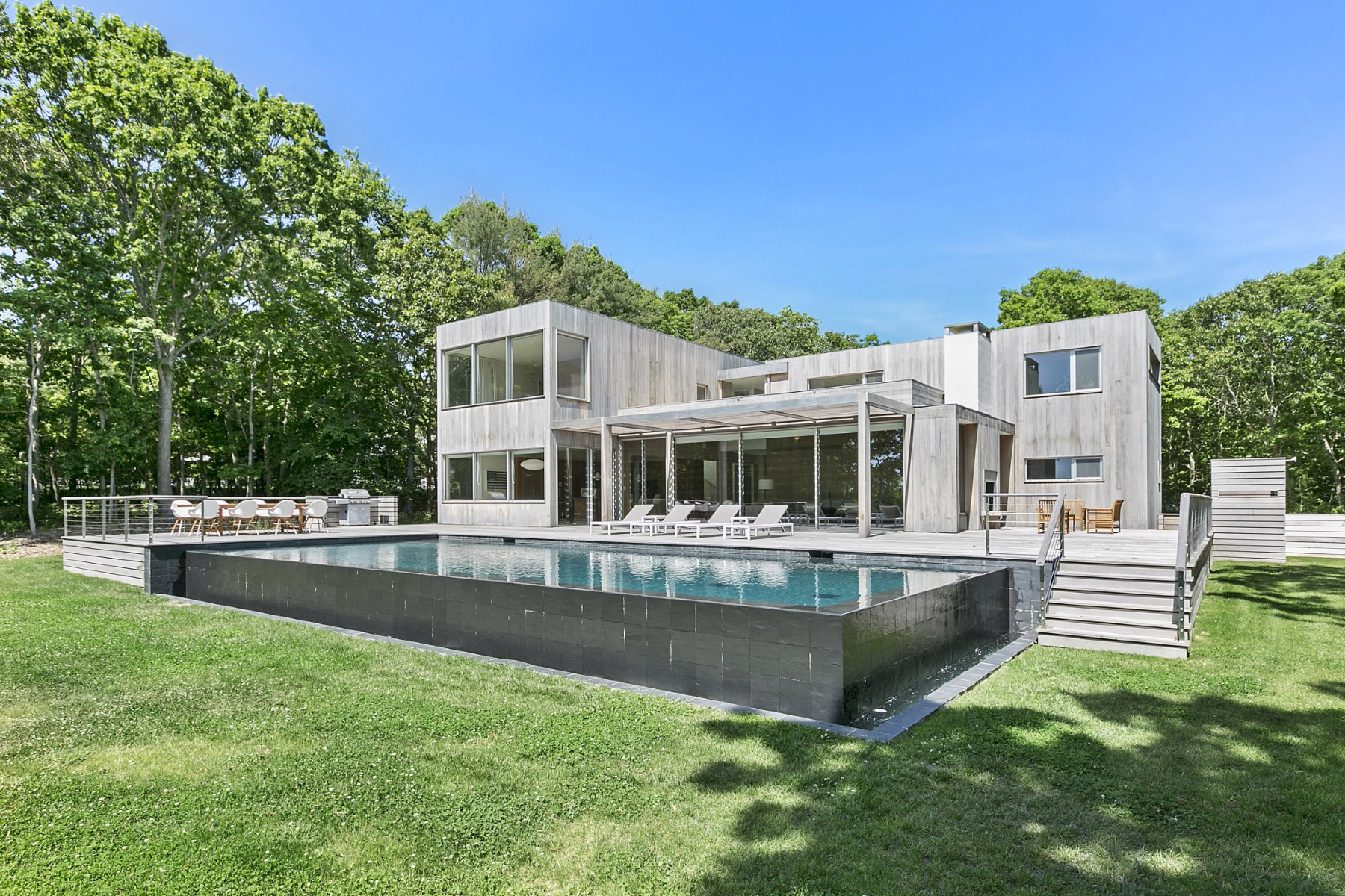 Villa per Vendita alle ore New Modern, Overlooking Open Fields 22 Scrimshaw Lane Amagansett, New York, 11930 Stati Uniti