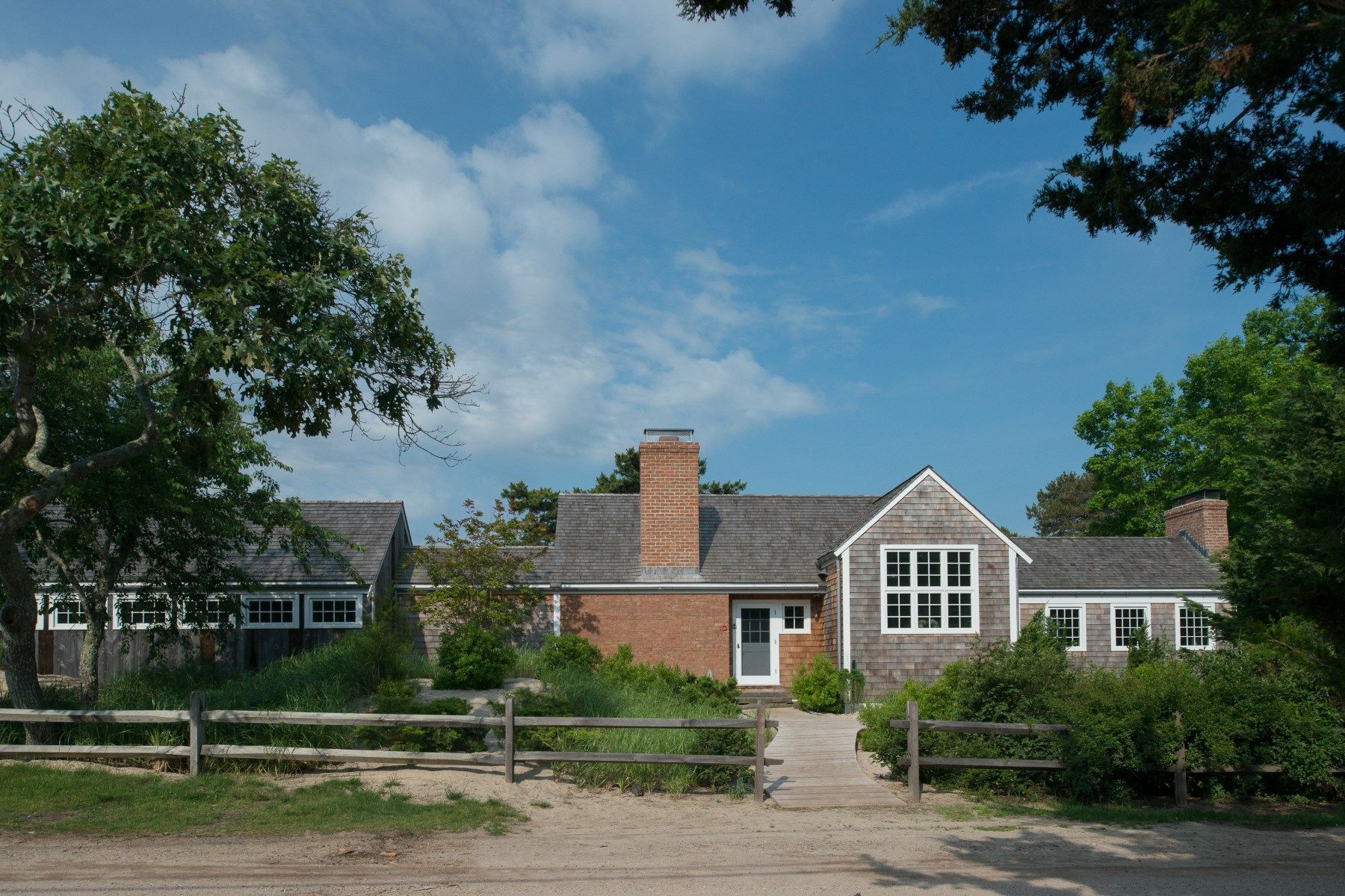 Single Family Home for Rent at Beautiful Amagansett Dunes House 10 Hampton Lane Amagansett, New York 11930 United States