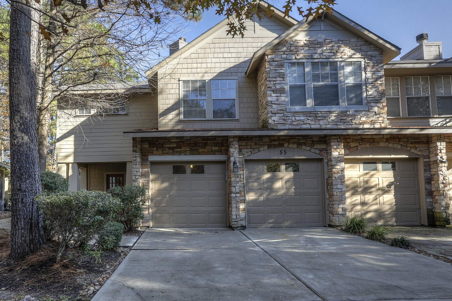 Townhouse for Sale at 55 Scarlet Woods Court 55 Scarlet Woods Court Spring, Texas 77380 United States