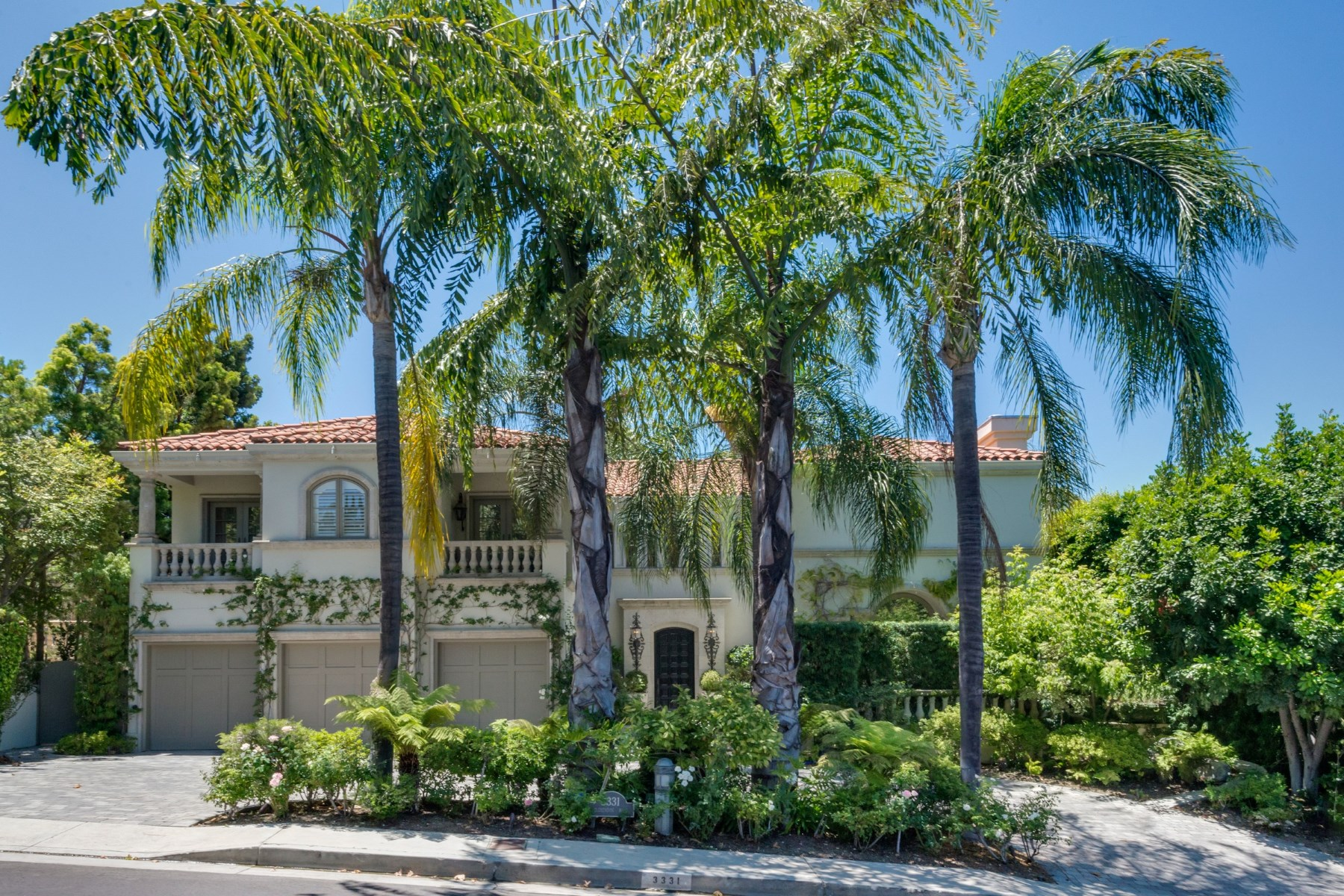Single Family Home for Sale at Prestigious Mulholland Estates 3331 Clerendon Road Beverly Hills, California, 90210 United States