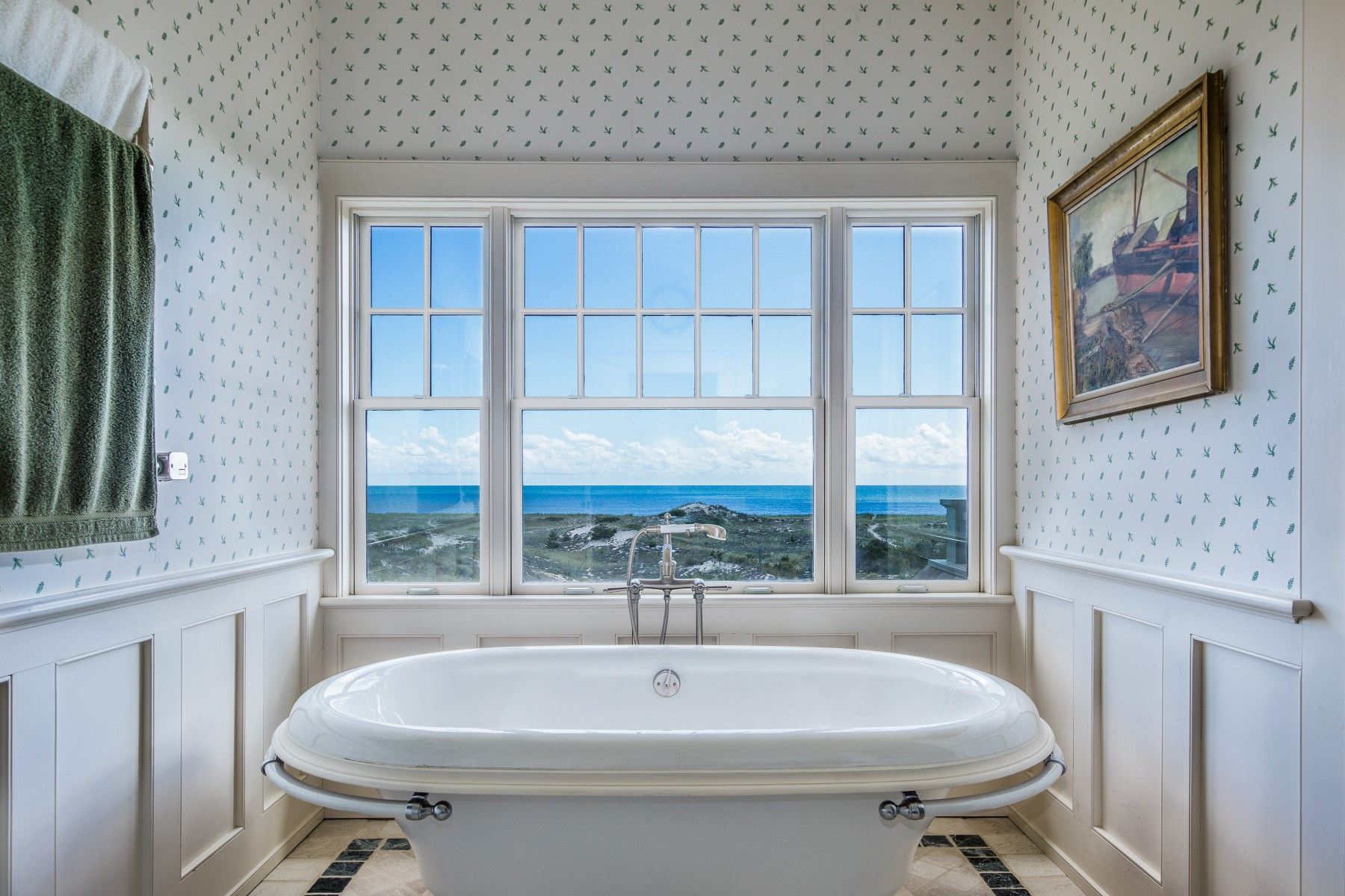 Additional photo for property listing at Stunning East Hampton Oceanfront Retreat  East Hampton, Nueva York 11937 Estados Unidos
