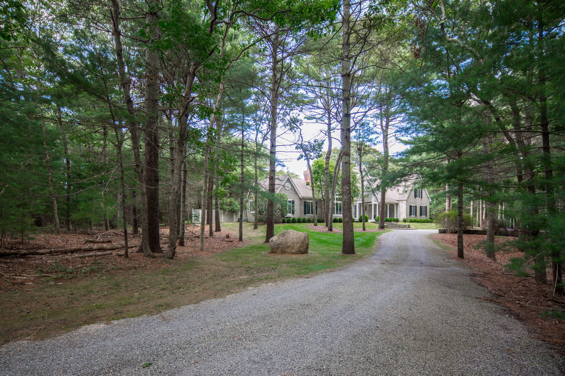 Single Family Home for Sale at The Best Of All Seasons 22 Bull Run, East Hampton, New York, 11937 United States