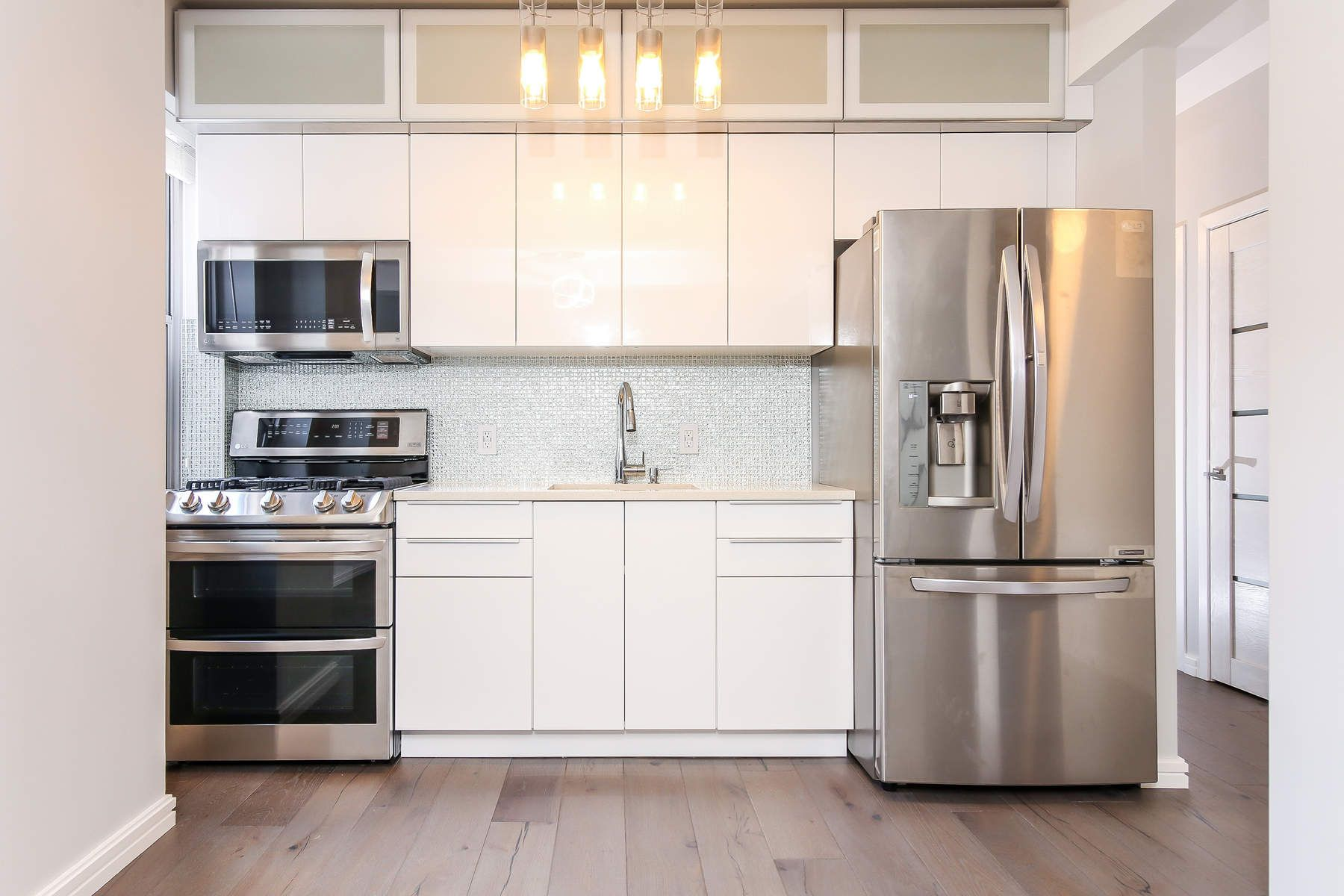 Additional photo for property listing at 550 Grand Street 550 Grand Street Apt H5G New York, New York 10002 United States