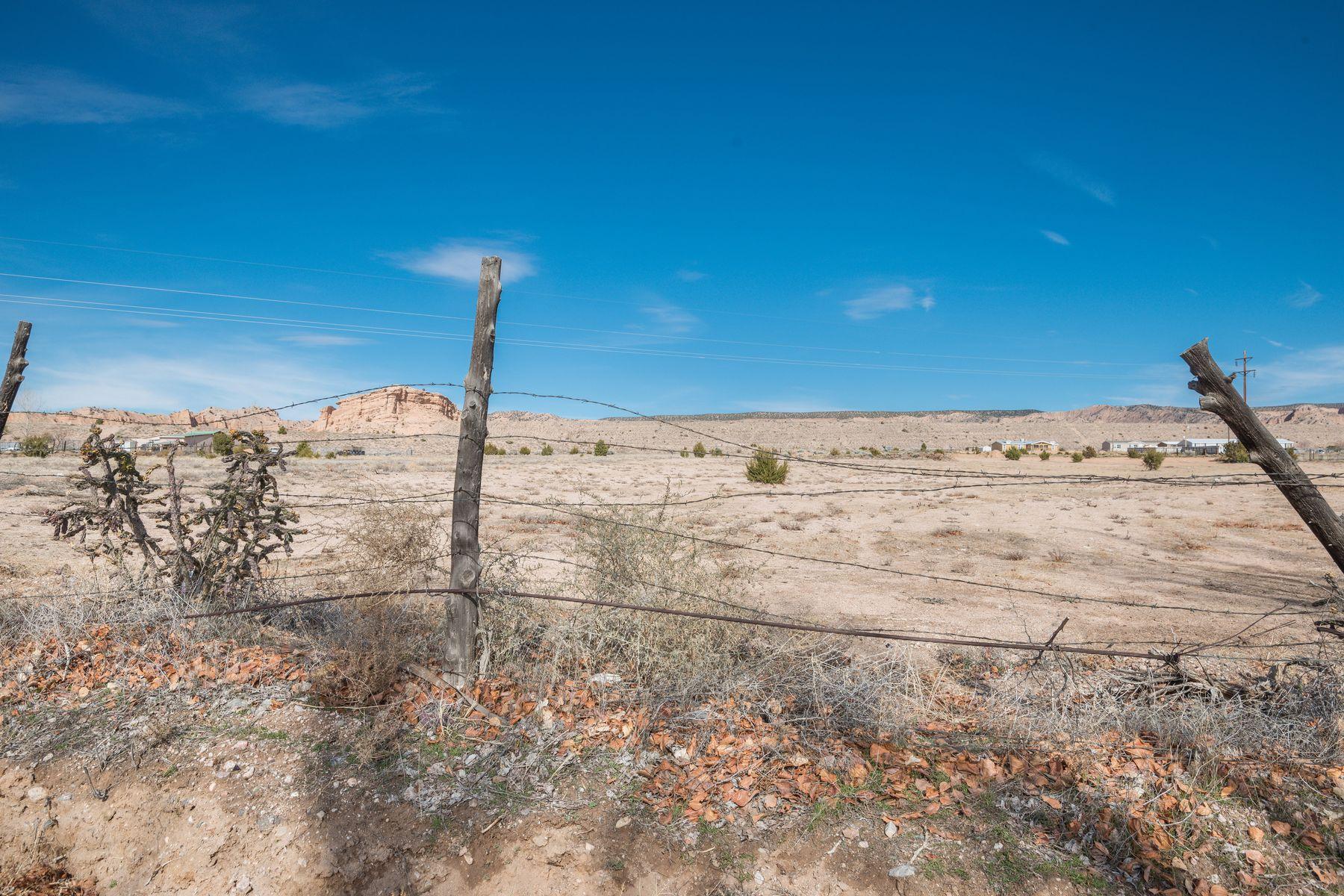 Terrain pour l Vente à 133-B County Road 87 Chimayo, Nouveau-Mexique 87522 États-Unis