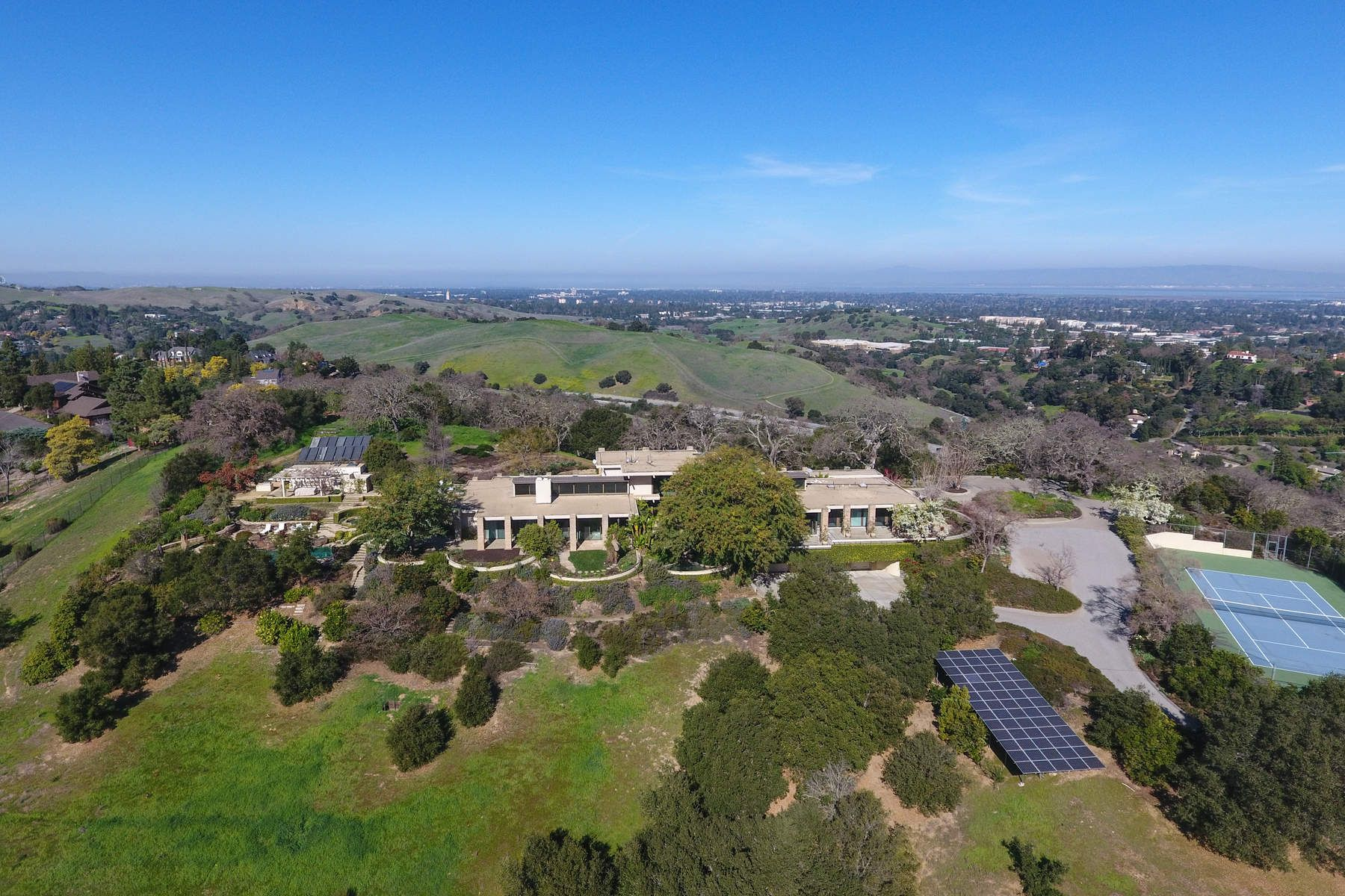 Additional photo for property listing at Approx. 48 Acres - Los Altos Hills  Los Altos Hills, California 94022 United States