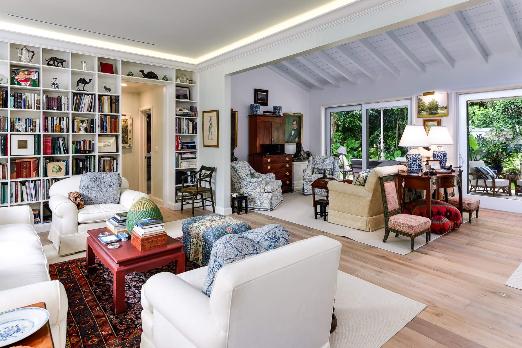 Single Family Home for Sale at Immaculate Bermuda Home 212 Cherry Ln, North End, Palm Beach, Florida, 33480 United States