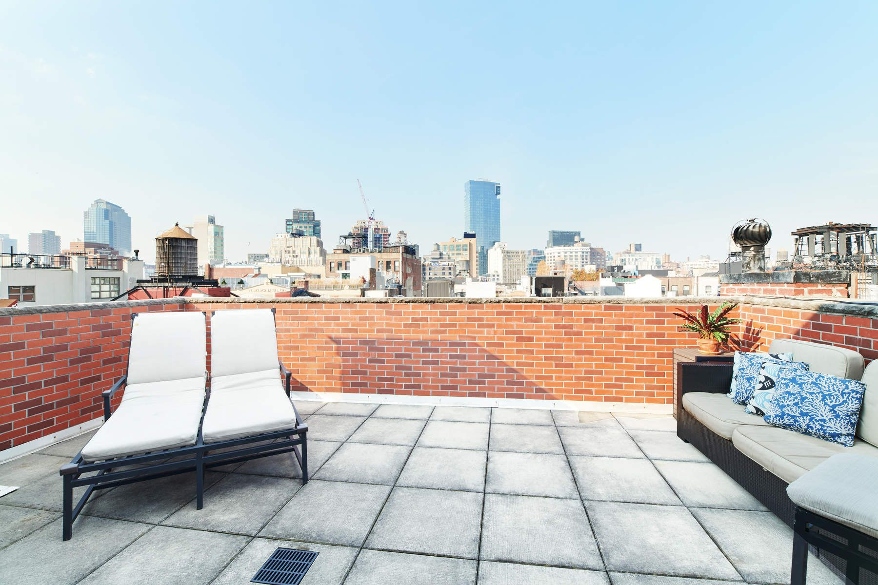 Additional photo for property listing at 83 Mercer Street 83 Mercer Street New York, New York 10012 United States