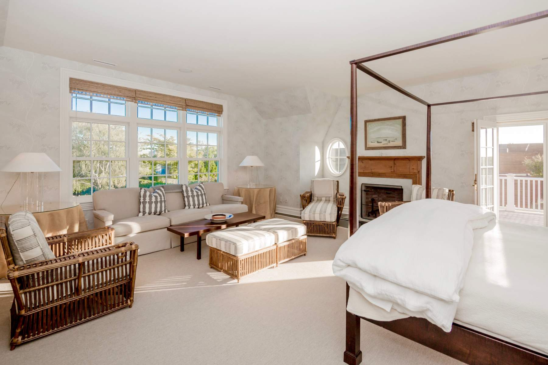 Additional photo for property listing at Peace, Style, Walk To The Beach 367 Jobs Lane Water Mill, New York 11976 United States