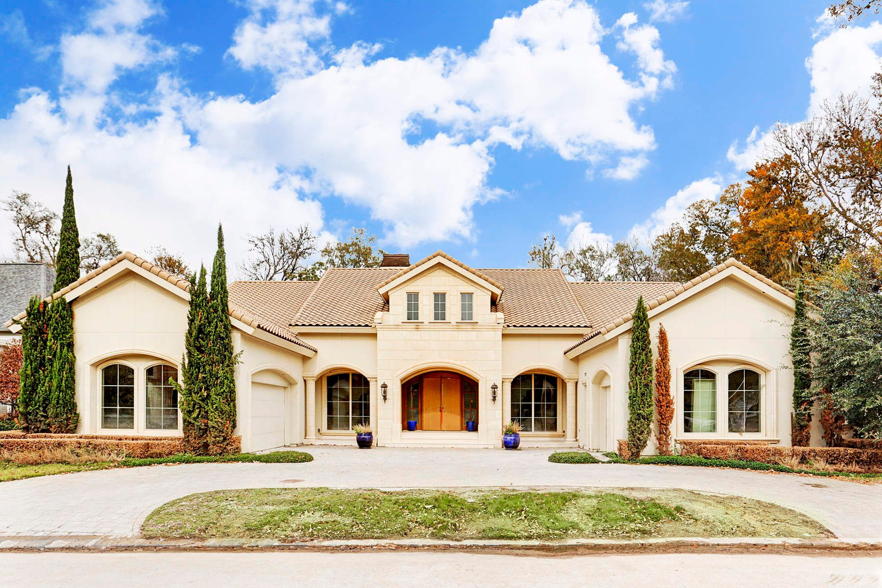 Single Family Home for Sale at 727 Marywood Chase Street Energy Corridor, Houston, Texas, 77079 United States
