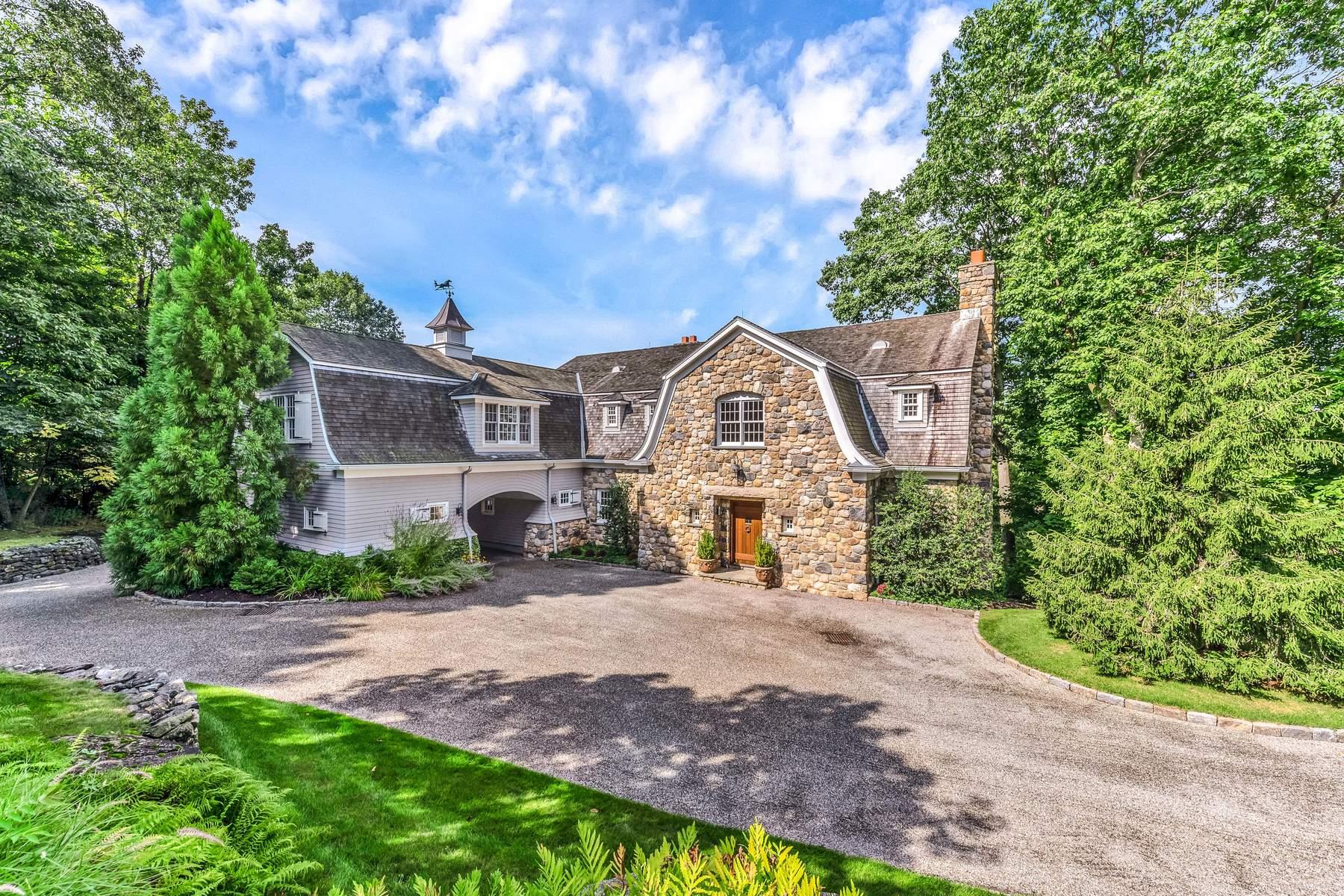 獨棟家庭住宅 為 出售 在 8 Sherwood Farm Lane Greenwich, 康涅狄格州, 06831 美國