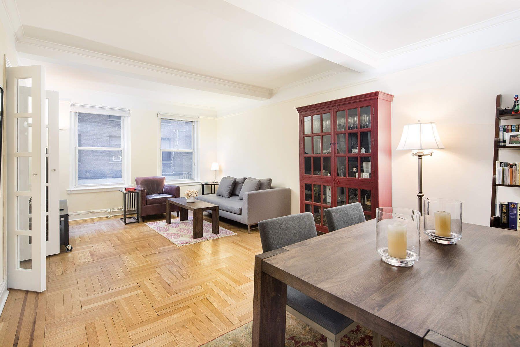 合作公寓 为 销售 在 325 East 79th Street, 2D 325 East 79th Street Apt 2D, Upper East Side, 纽约, 纽约州, 10075 美国