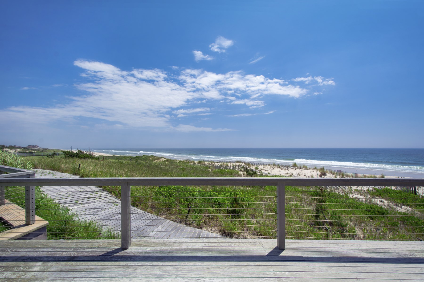 Additional photo for property listing at Meadow Lane Oceanfront Like No Other  Southampton, New York 11968 Hoa Kỳ