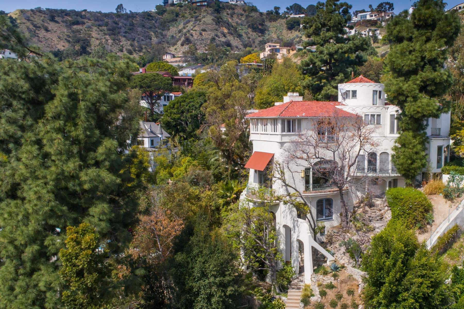 Single Family Home for Sale at Architectural Tour De Fource 8142 Laurel View Drive, Los Angeles, California, 90069 United States
