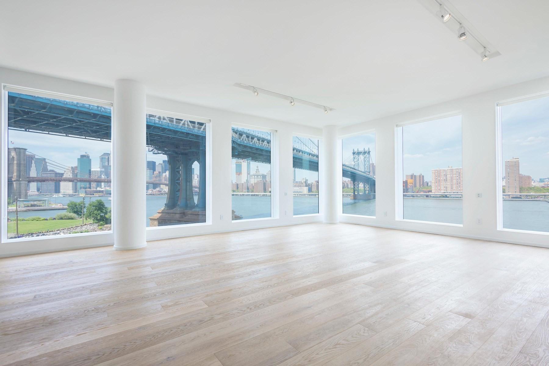Eigentumswohnung für Verkauf beim Waterfront Perfection 1 John Street Apt 5B Dumbo, Brooklyn, New York, 11201 Vereinigte Staaten
