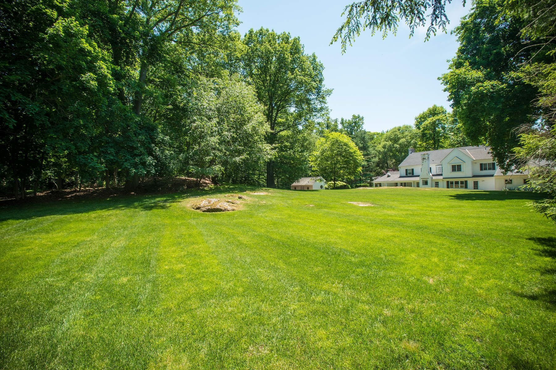 Single Family Home for Sale at Classic Deer park Greenwich, Connecticut, 06830 United States