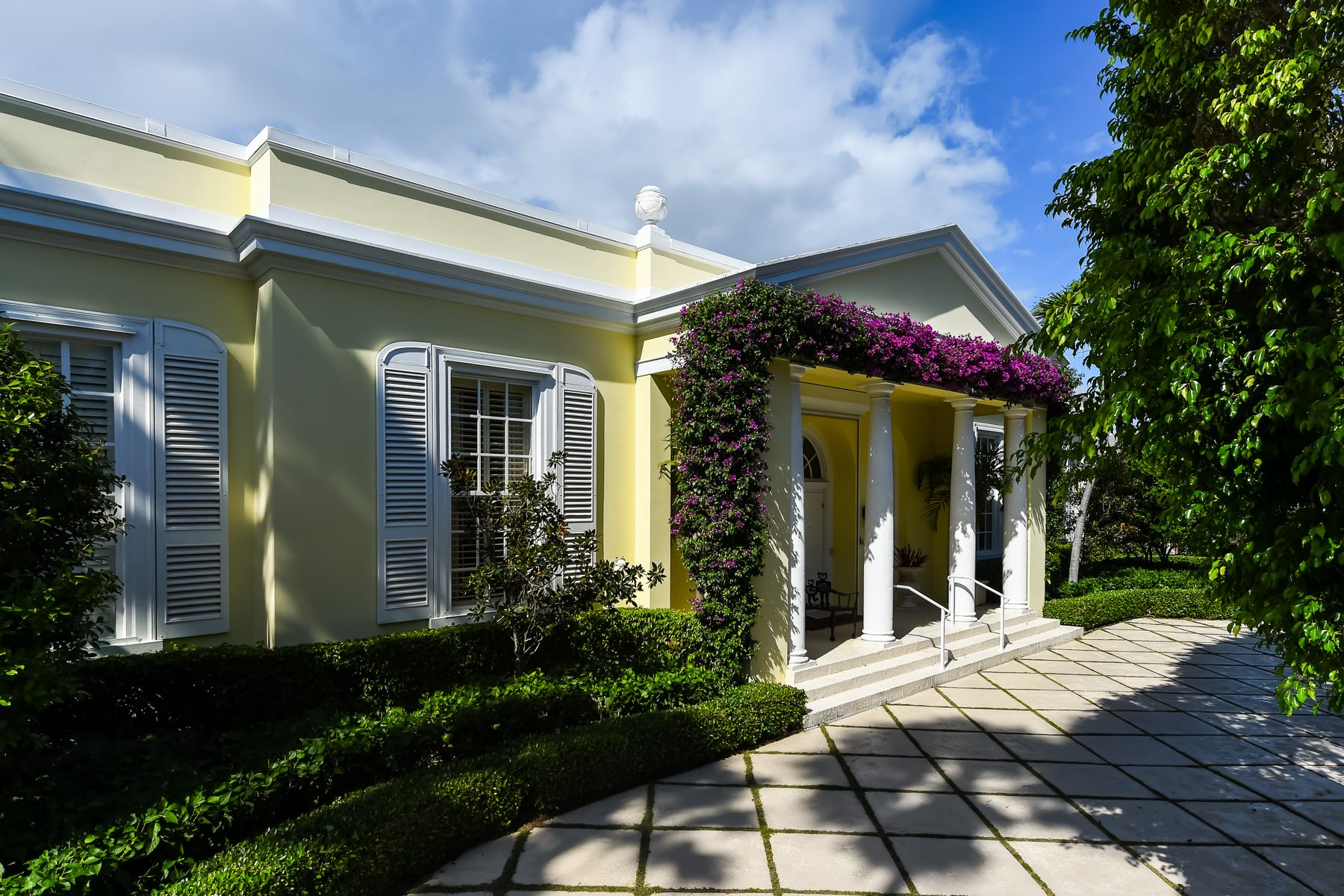 Single Family Home for Active at Charming Regency 1020 N Ocean Blvd Palm Beach, Florida 33480 United States