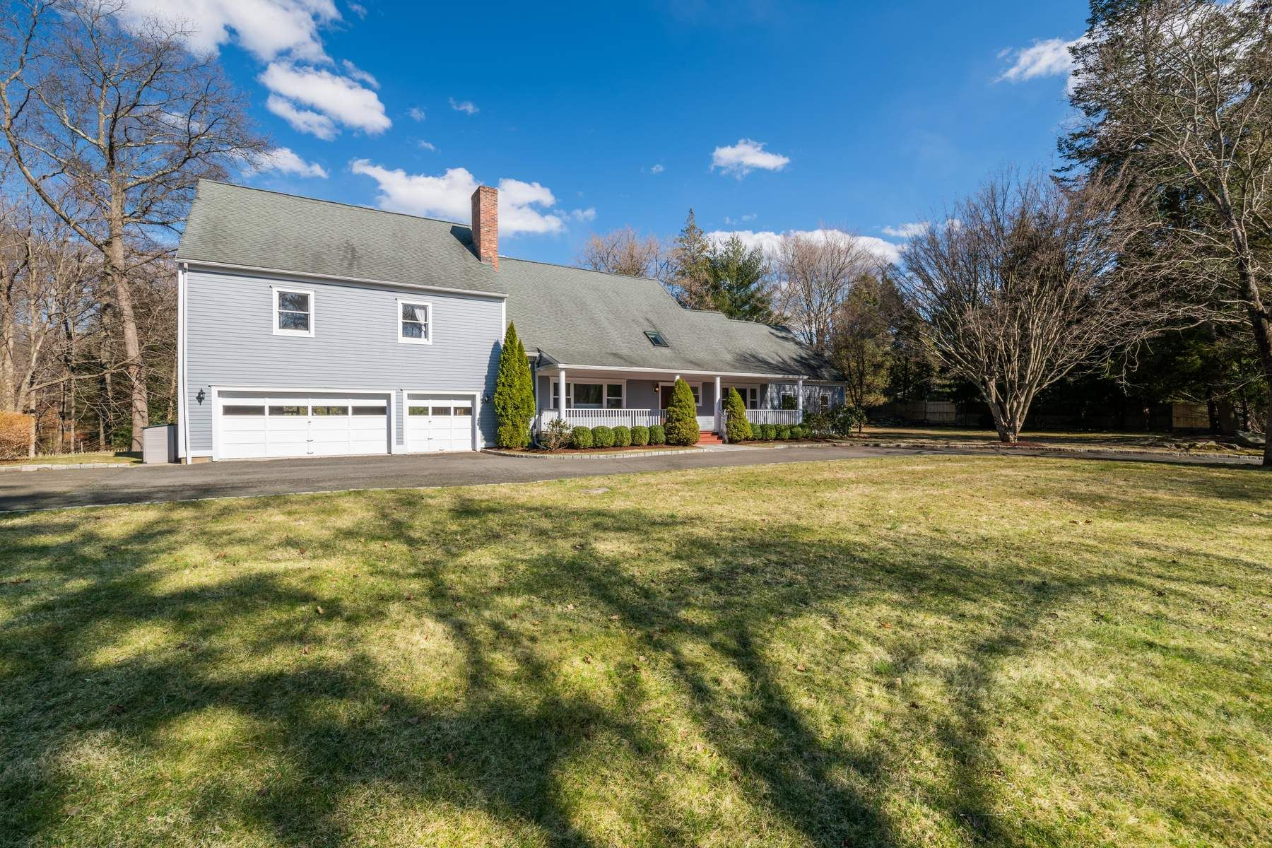 Single Family Home for Sale at 311 Cognewaugh Road 311 Cognewaugh Road Cos Cob, Connecticut 06807 United States