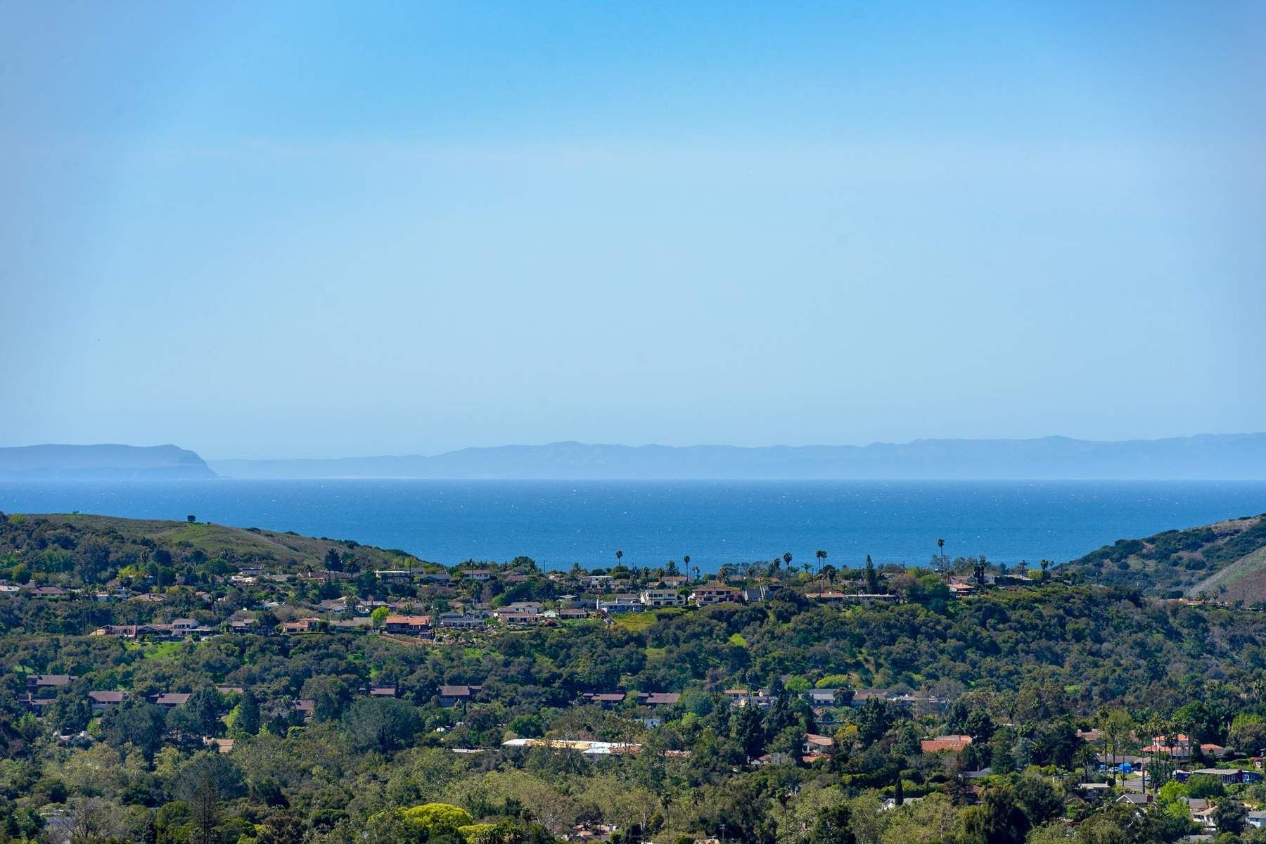 단독 가정 주택 용 매매 에 Stunning View Home 2776 Exeter Place, Santa Barbara, 캘리포니아, 93105 미국