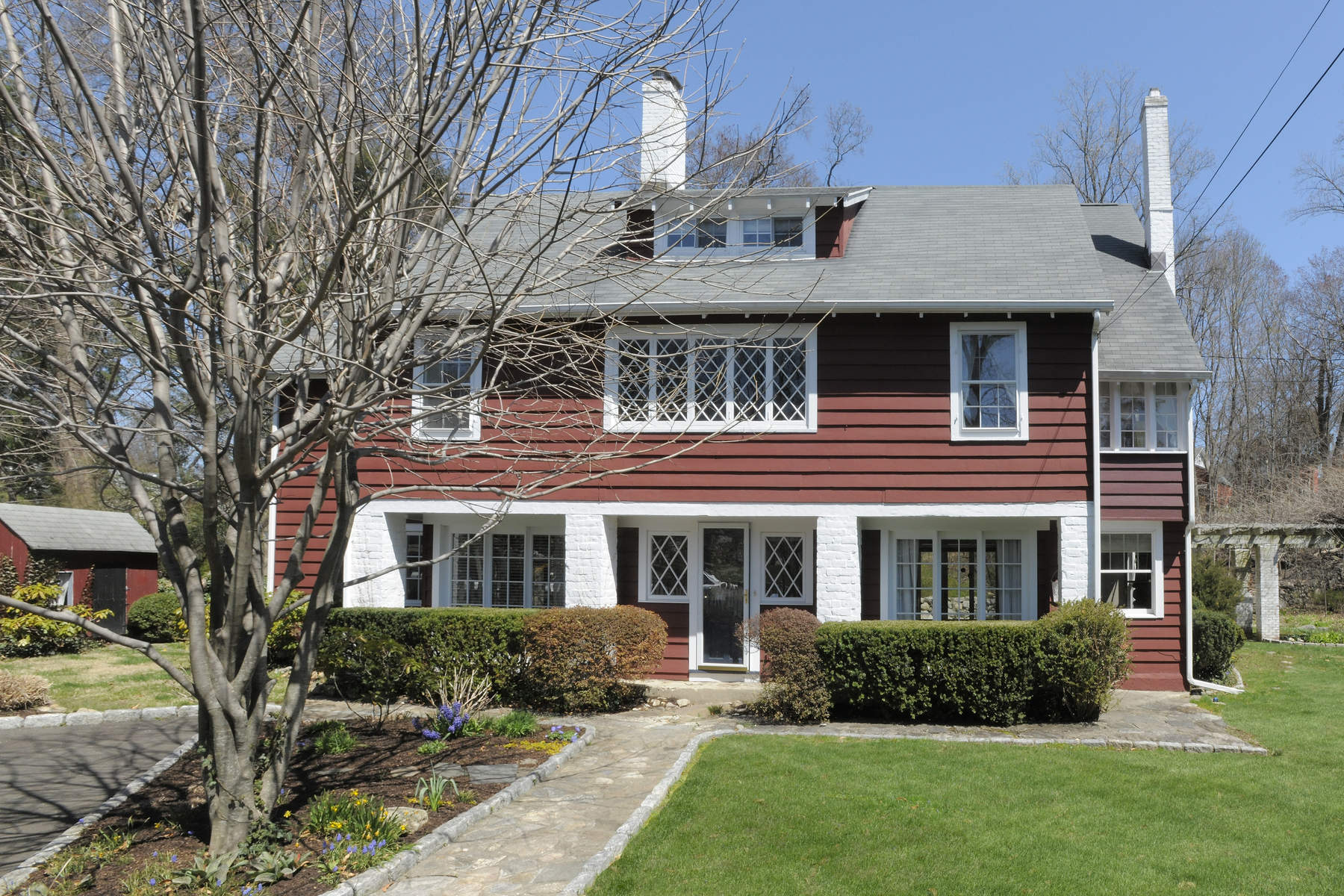 Single Family Home for Sale at 164 Overbrook Drive Stamford, Connecticut, 06906 United States