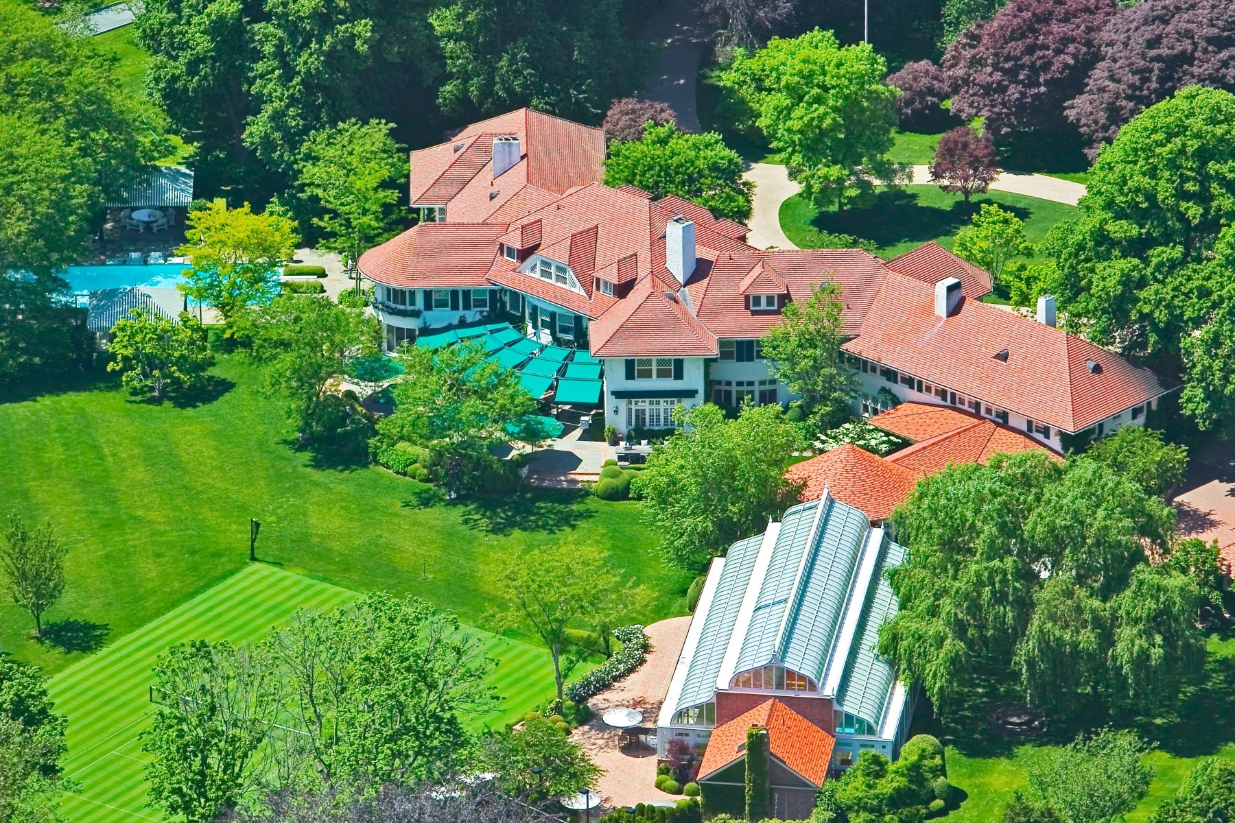 Villa per Affitto alle ore Linden: World Class Southampton Estate 160 Ox Pasture Rd Southampton, New York 11968 Stati Uniti