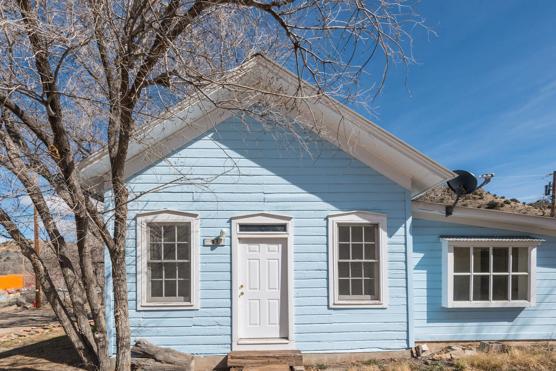 Single Family Home for Sale at 2838 NM 14 Madrid, New Mexico, 87010 United States