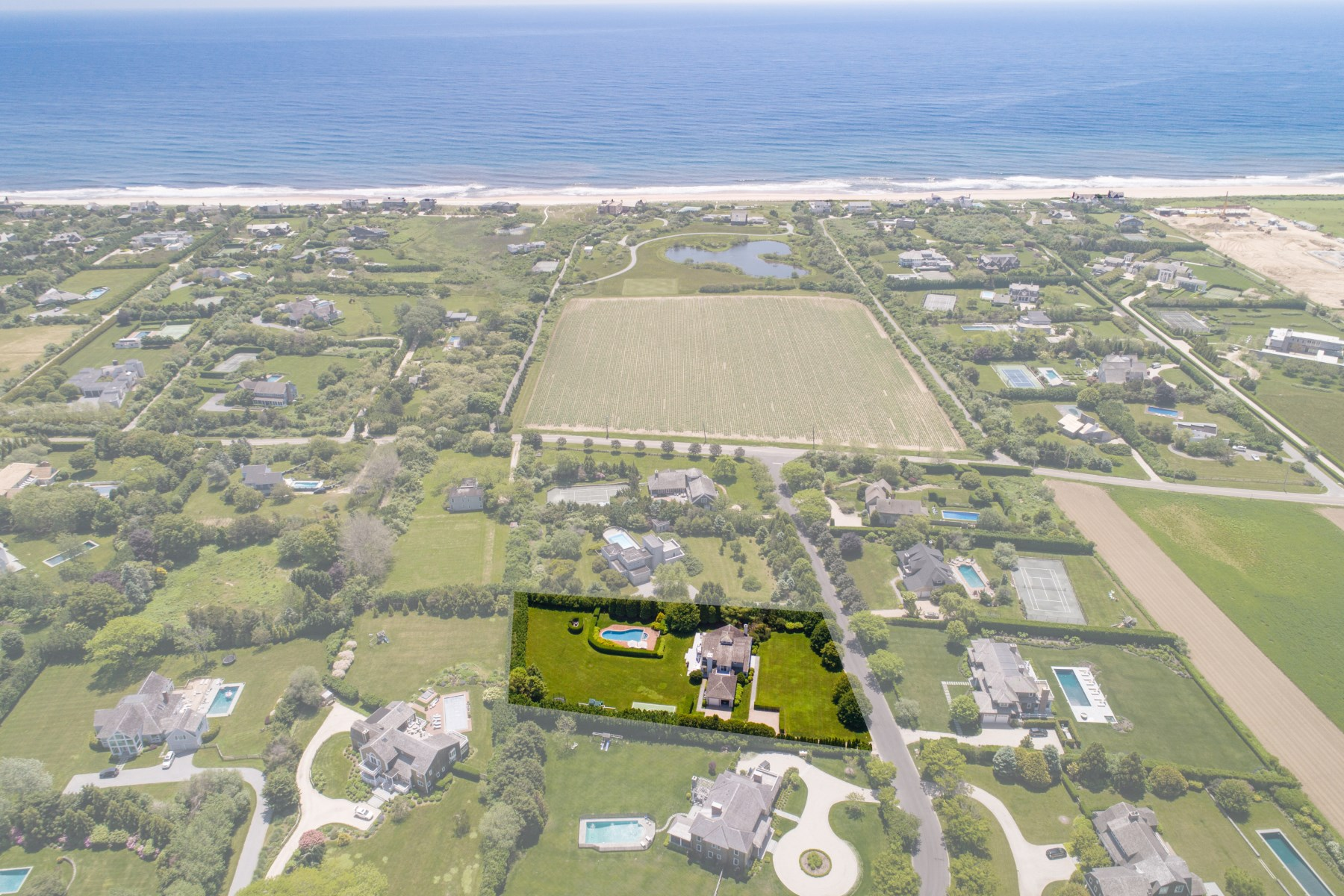 獨棟家庭住宅 為 出售 在 Immaculate Sagaponack South Beach House 182 Ericas Lane, Sagaponack South, Sagaponack, 紐約州, 11962 美國