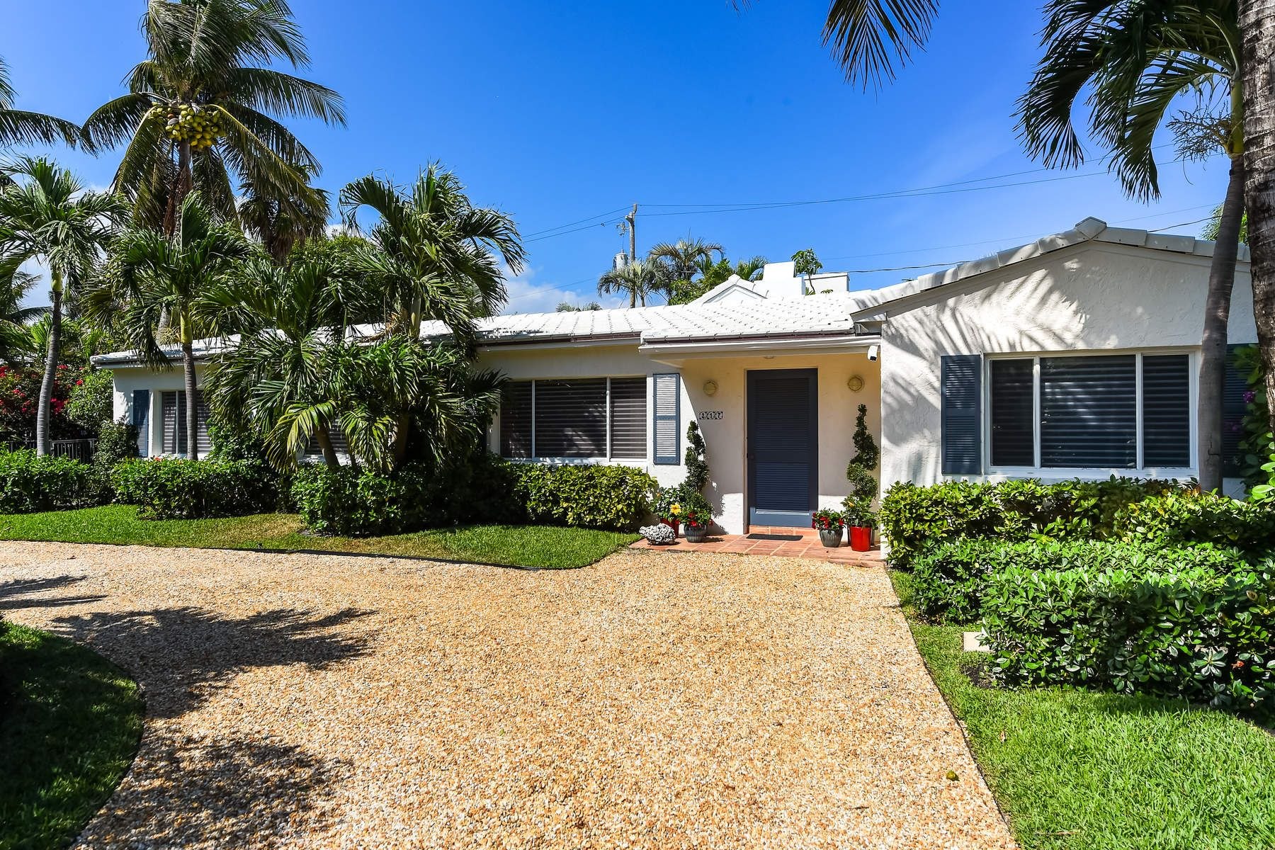 Single Family Home for Sale at North End Beach House 217 Debra Ln, North End, Palm Beach, Florida, 33480 United States