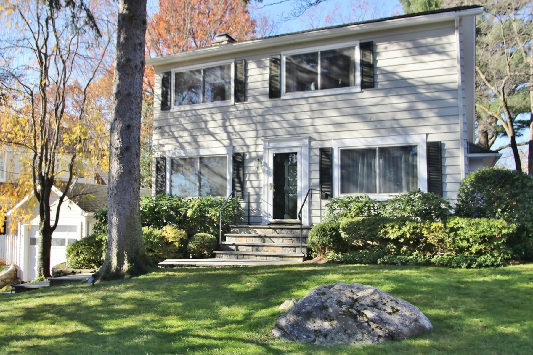 Other Residential for Sale at 10 Ridge Road 10 Ridge Road Cos Cob, Connecticut 06807 United States