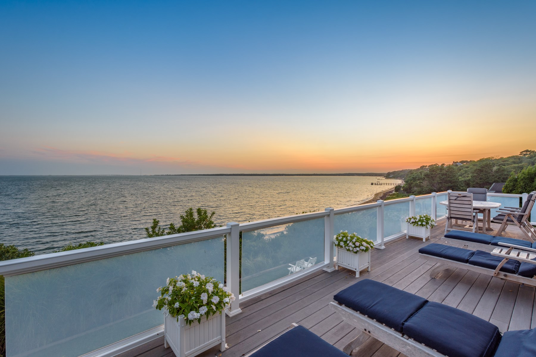 Single Family Home for Rent at Directly on the Bay 16 Oceanview Drive Southampton, New York 11968 United States