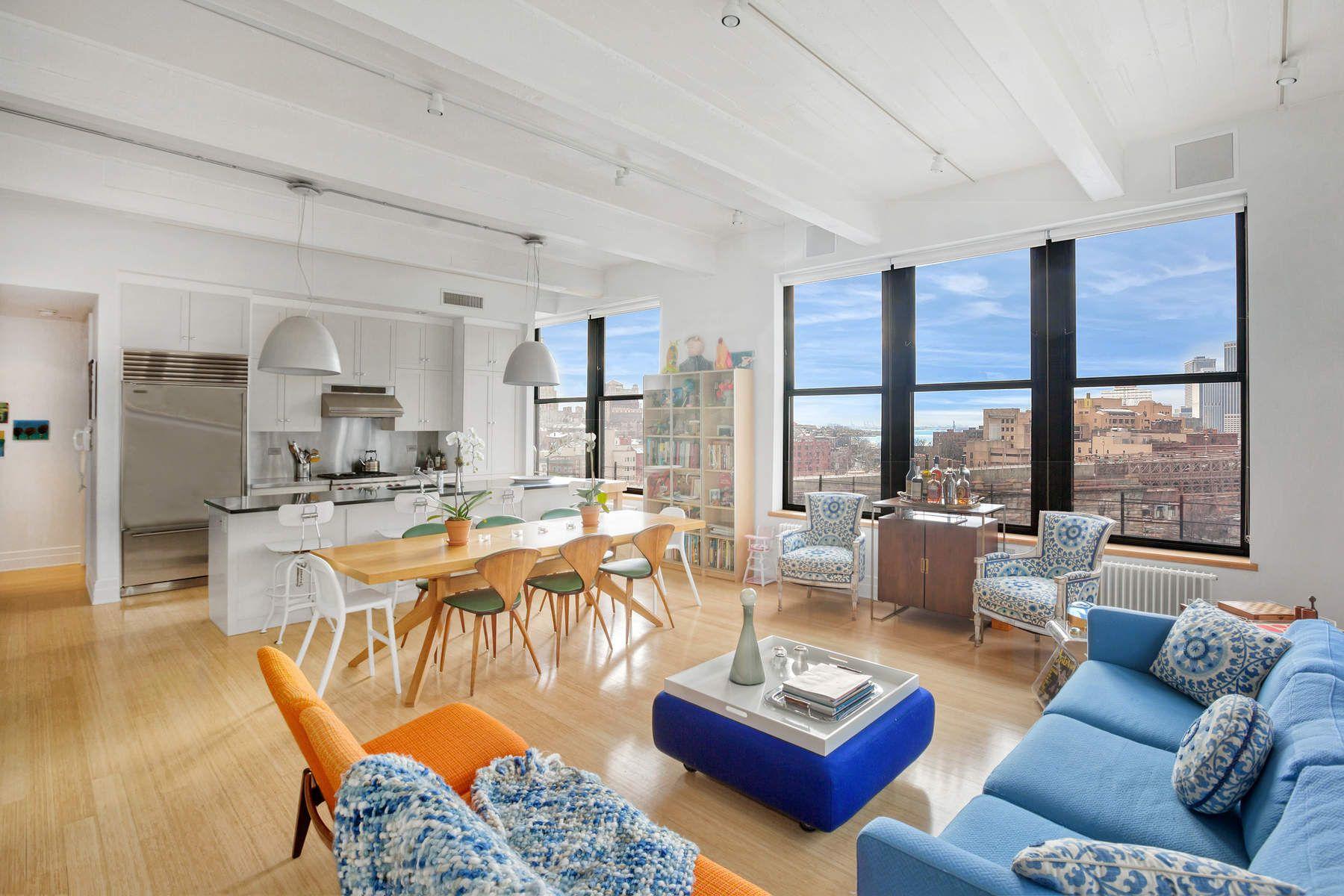 Appartement en copropriété pour l à vendre à Most Coveted Dumbo Corner Loft 70 Washington Street Apt 9O, Dumbo, Brooklyn, New York, 11201 États-Unis