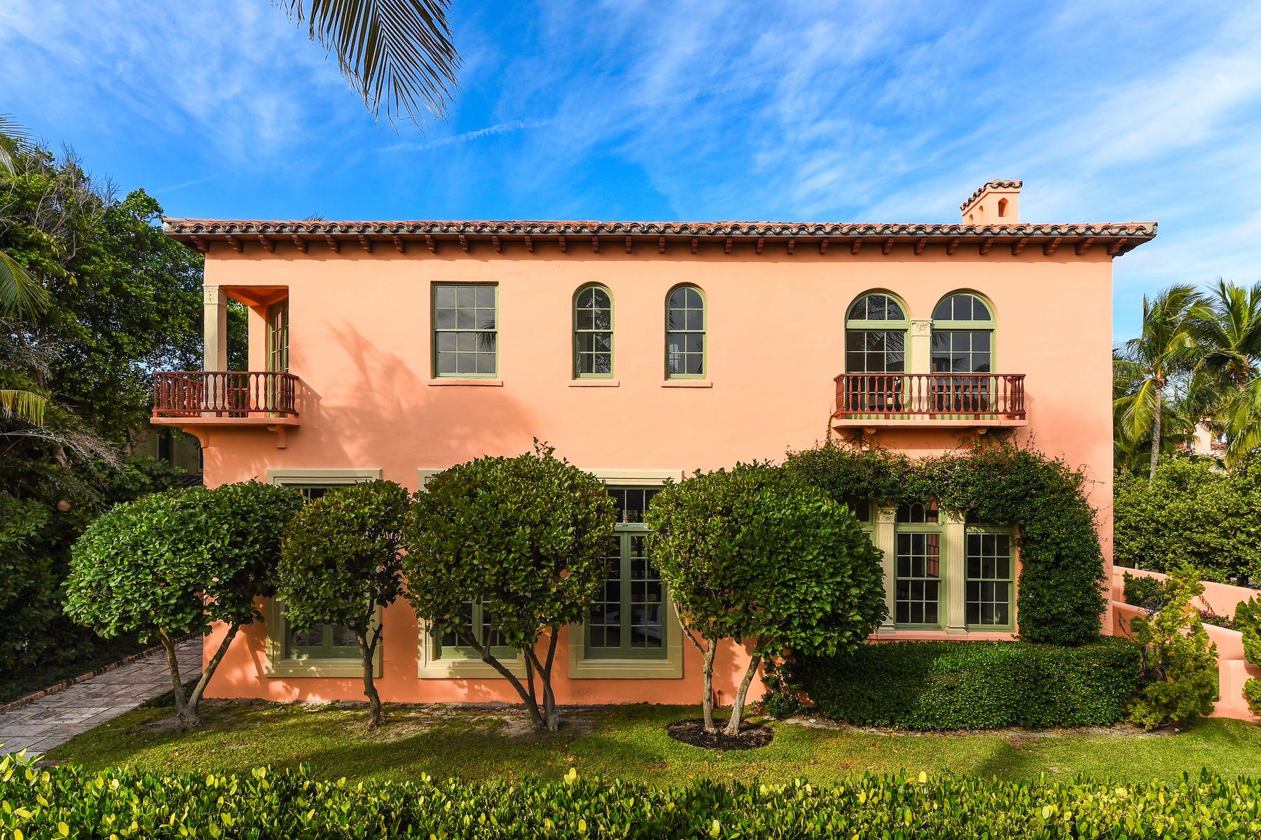Single Family Homes por un Venta en In Town Mizner Masterpiece 111 Dunbar Rd, Palm Beach, Florida 33480 Estados Unidos