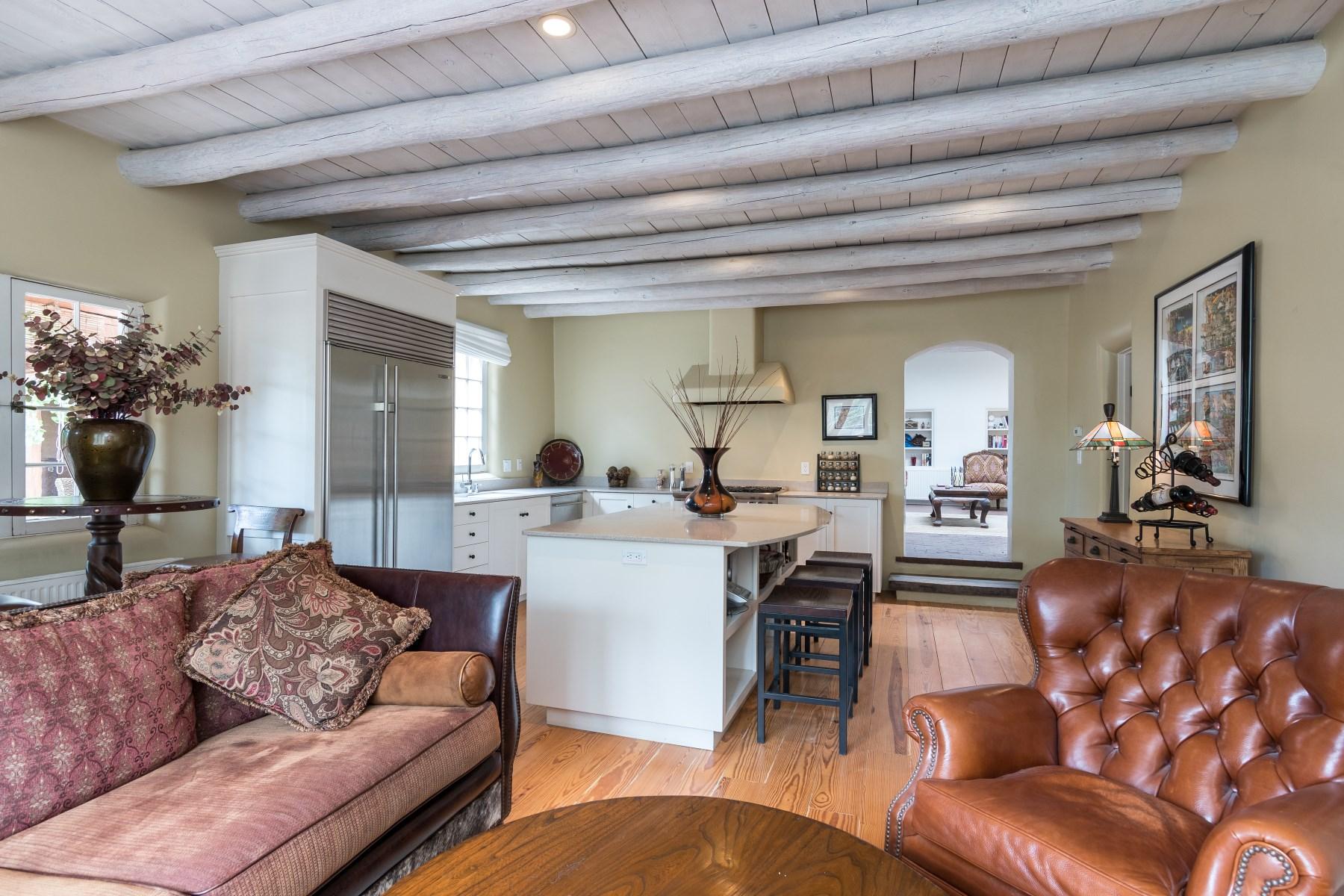 Single Family Home for Sale at 525 Hillside Ave. Santa Fe City Northeast, Santa Fe, New Mexico, 87501 United States