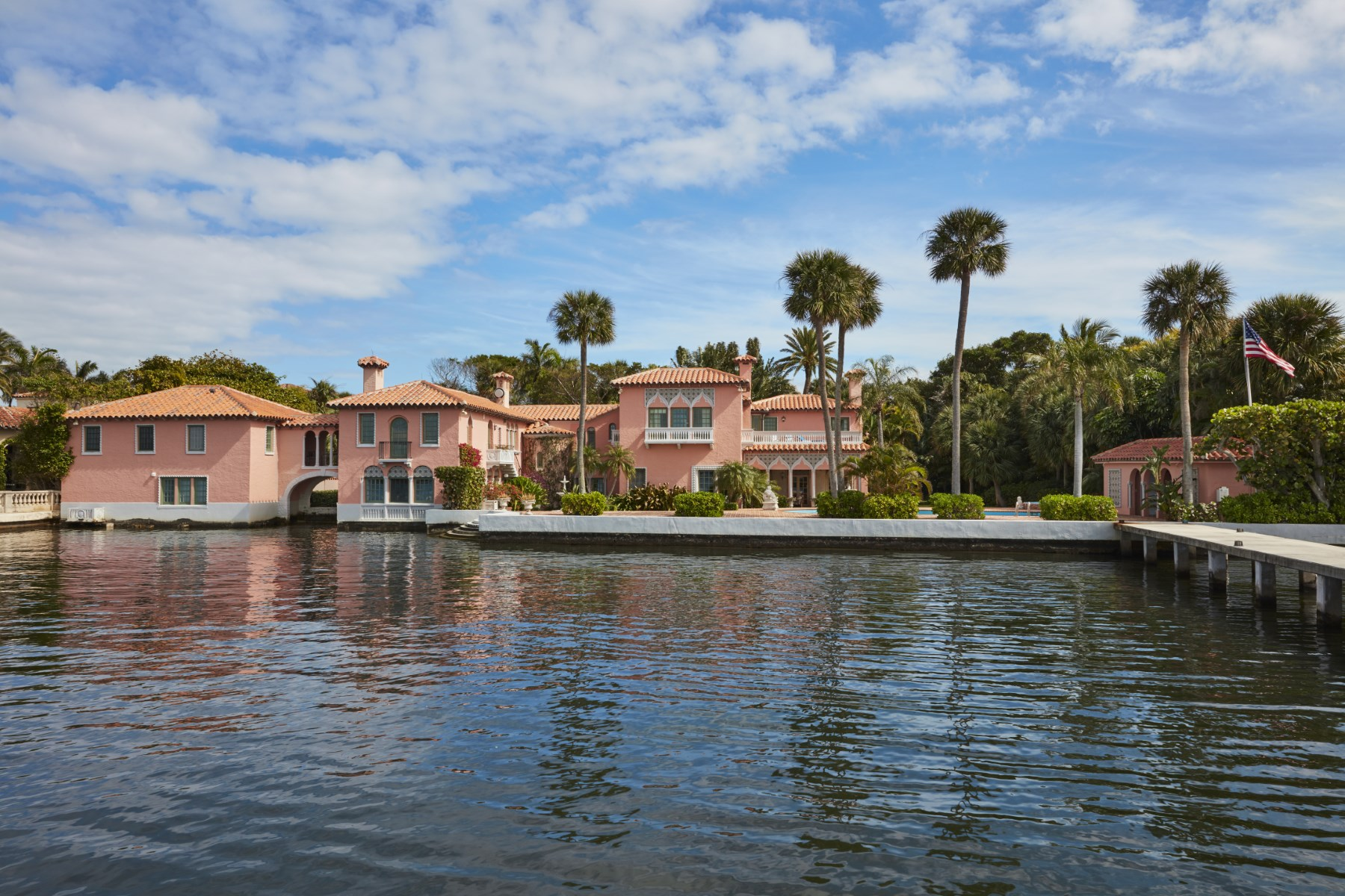 Additional photo for property listing at Lakefront Venetian Mizner Estate  Palm Beach, Florida 33480 United States