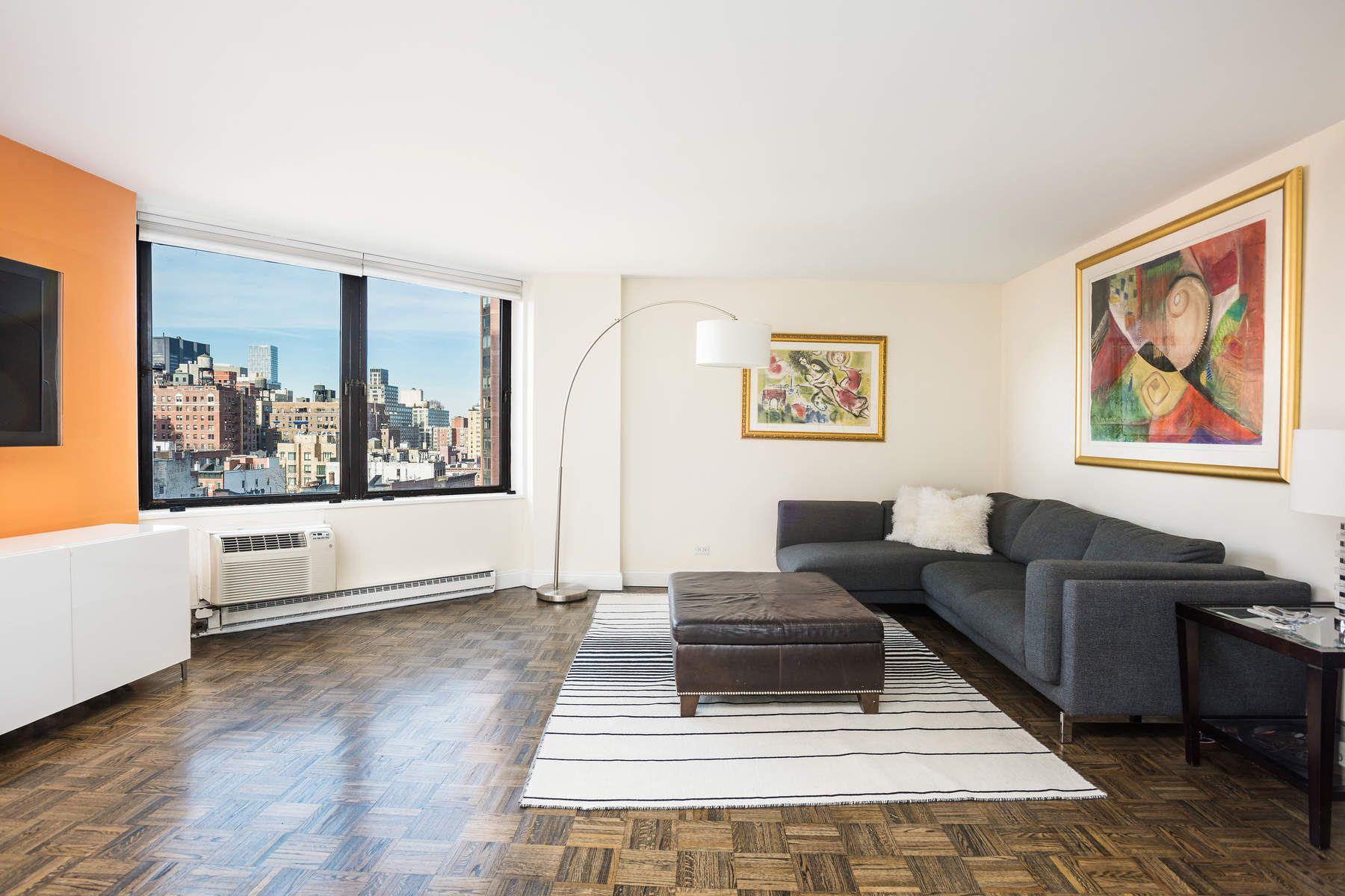 Piso por un Venta en 1601 Third Avenue Apt 10H Upper East Side, New York, Nueva York, 10128 Estados Unidos