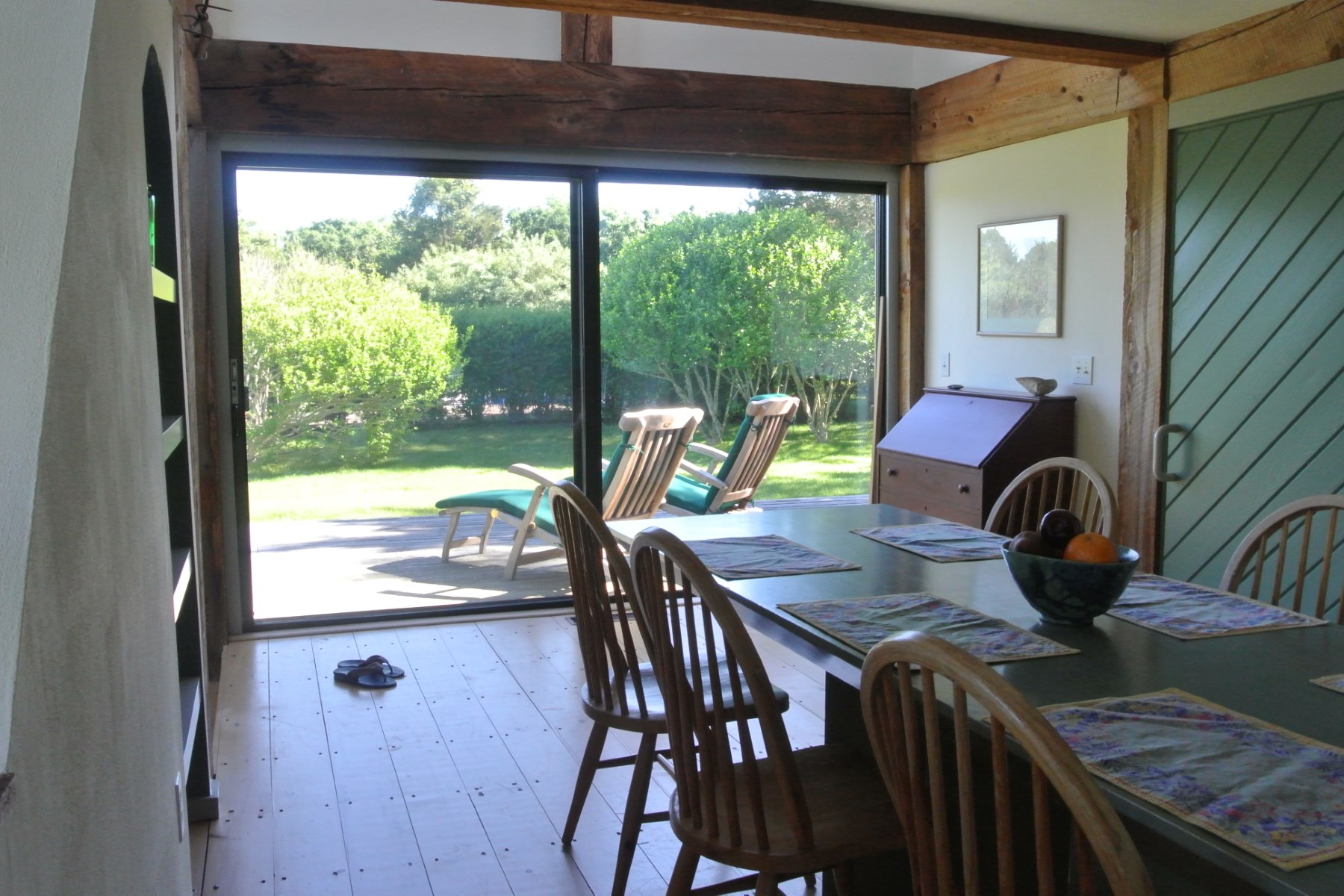 Additional photo for property listing at Sagaponack South Cottage Close to Beach 274 Town Line Road Sagaponack, New York 11962 United States