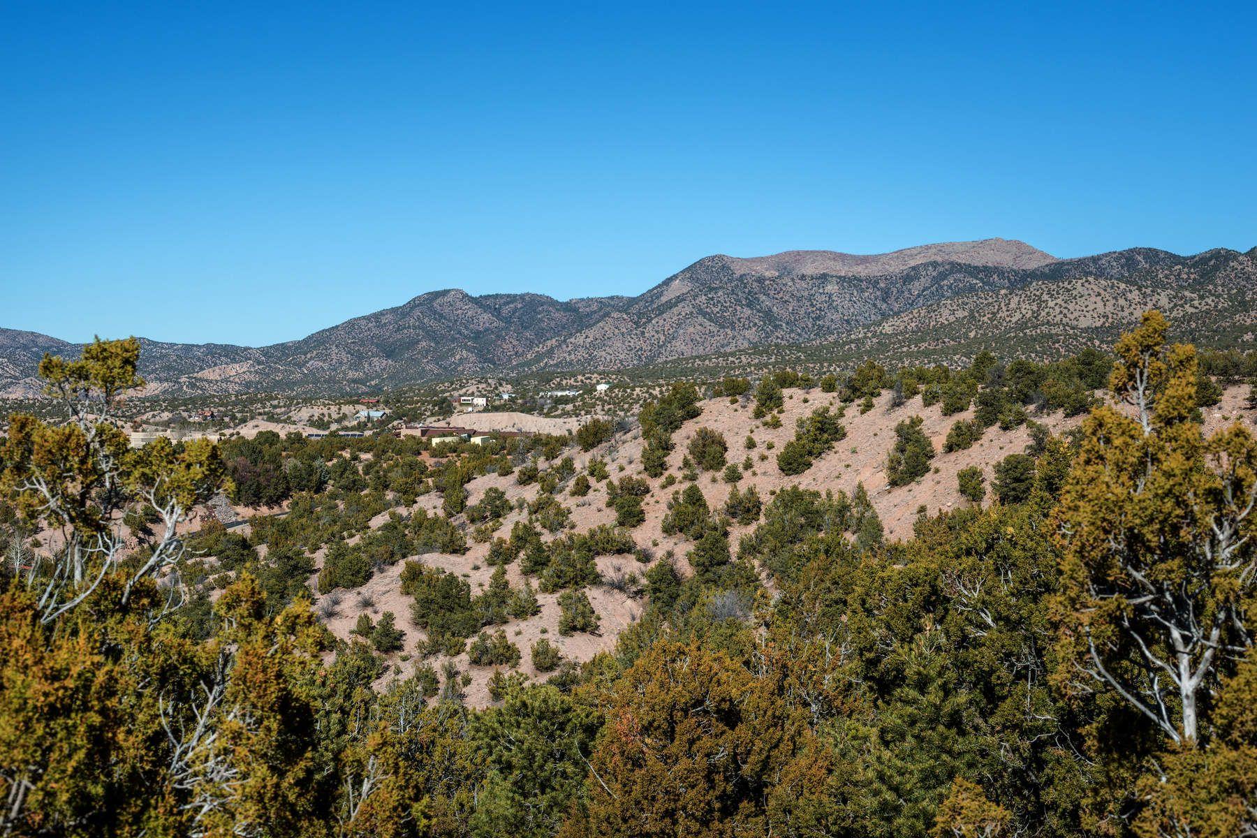 土地,用地 为 销售 在 8 Entrada Corta 8 Entrada Court, 圣达非, 新墨西哥州, 87506 美国
