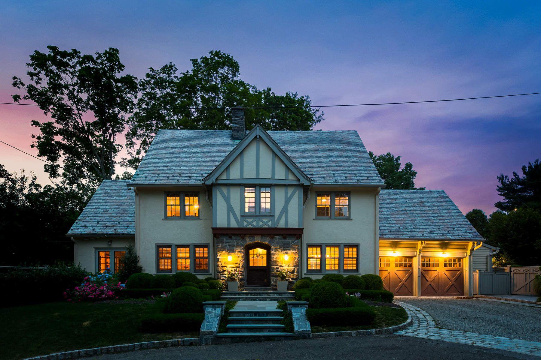 Casa Unifamiliar por un Venta en Urban Oasis 3 Maher Court Greenwich, Connecticut 06830 Estados Unidos