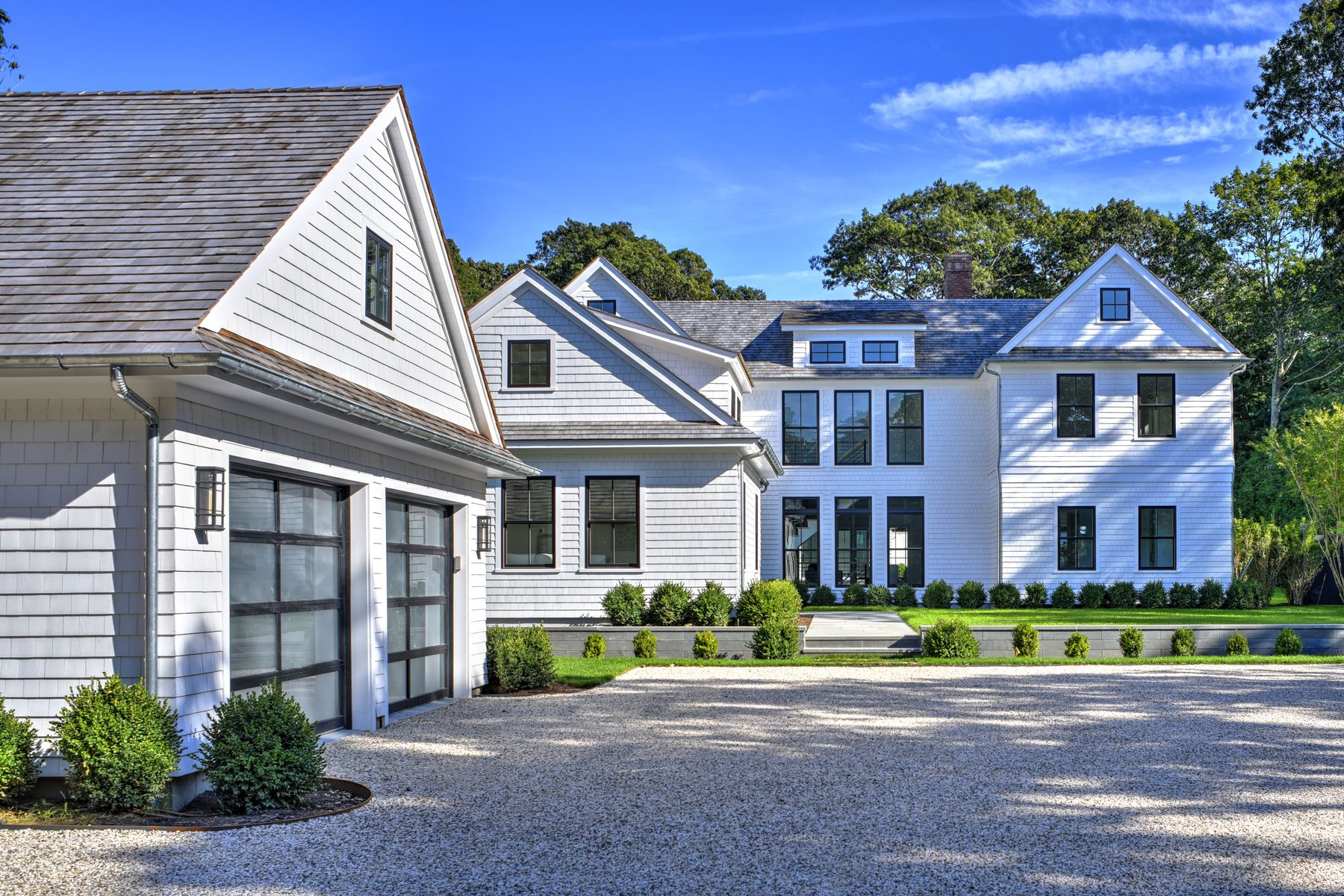 Single Family Home for Active at EAST HAMPTON SOUTH MODERN BEACH HOUSE 142 Cove Hollow Road East Hampton, New York 11937 United States