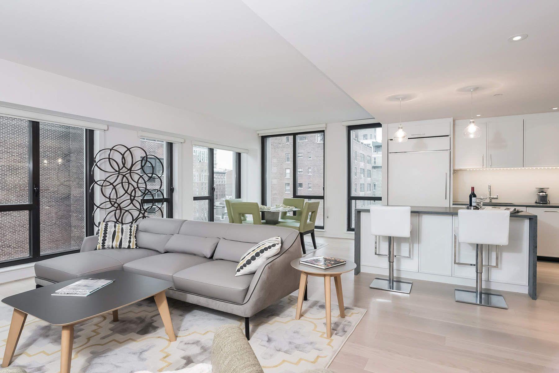 شقة بعمارة للـ Sale في 160 East 22nd Street, Apt. 15E 160 East 22nd Street Apt. 15E, Gramercy Park, New York, New York, 10011 United States