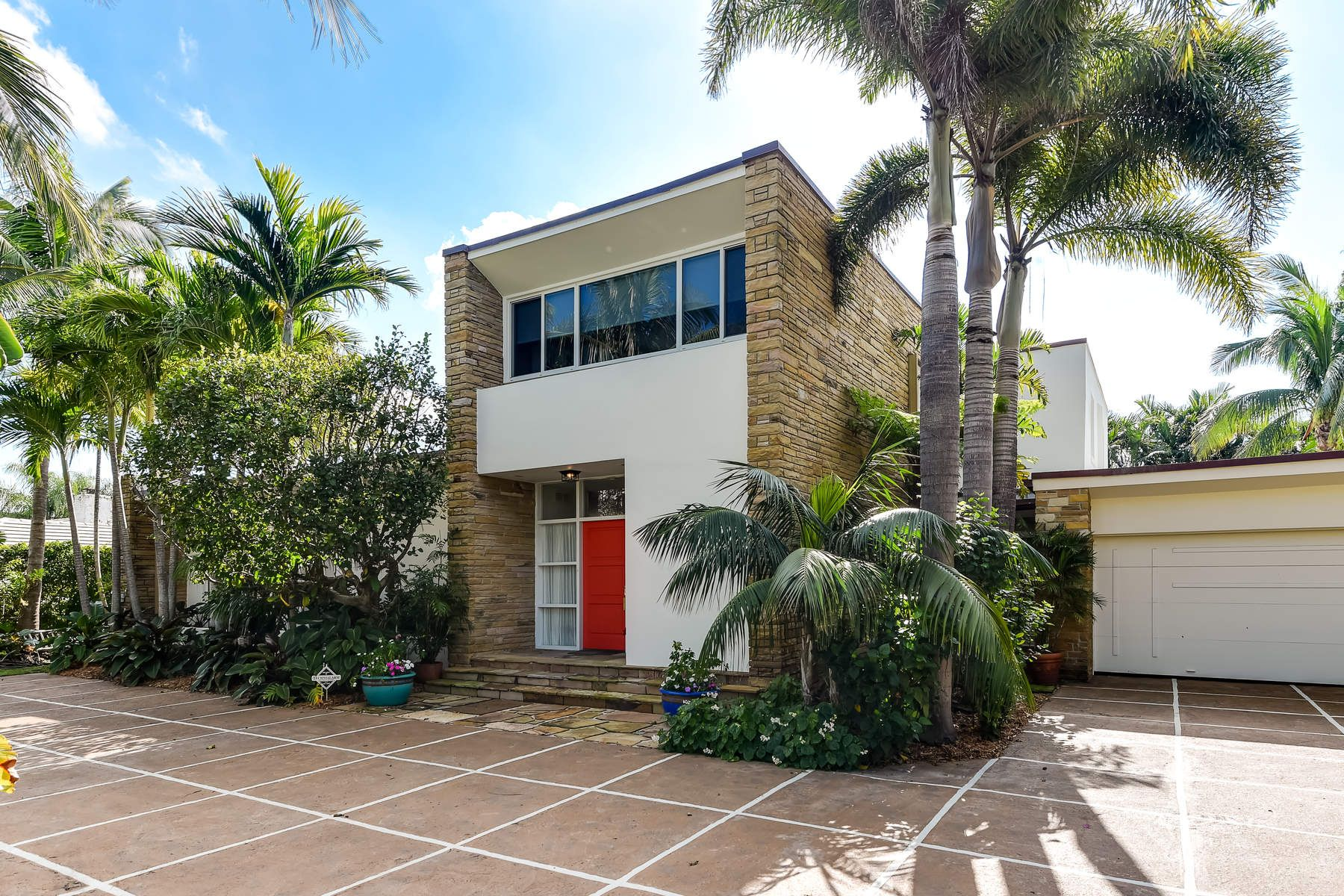 Single Family Home for Sale at Unique Prairie Style House 244 Nightingale Trl, North End, Palm Beach, Florida, 33480 United States